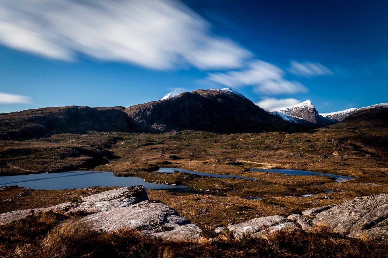 Lochanan Dubh and Sgùrr An Fhidhleir.
