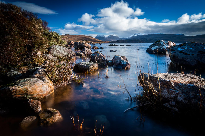 Loch Òsgaig looking towards Sgòrr Tuath, Sgòrr Deas and Beinn Nan Caorach.