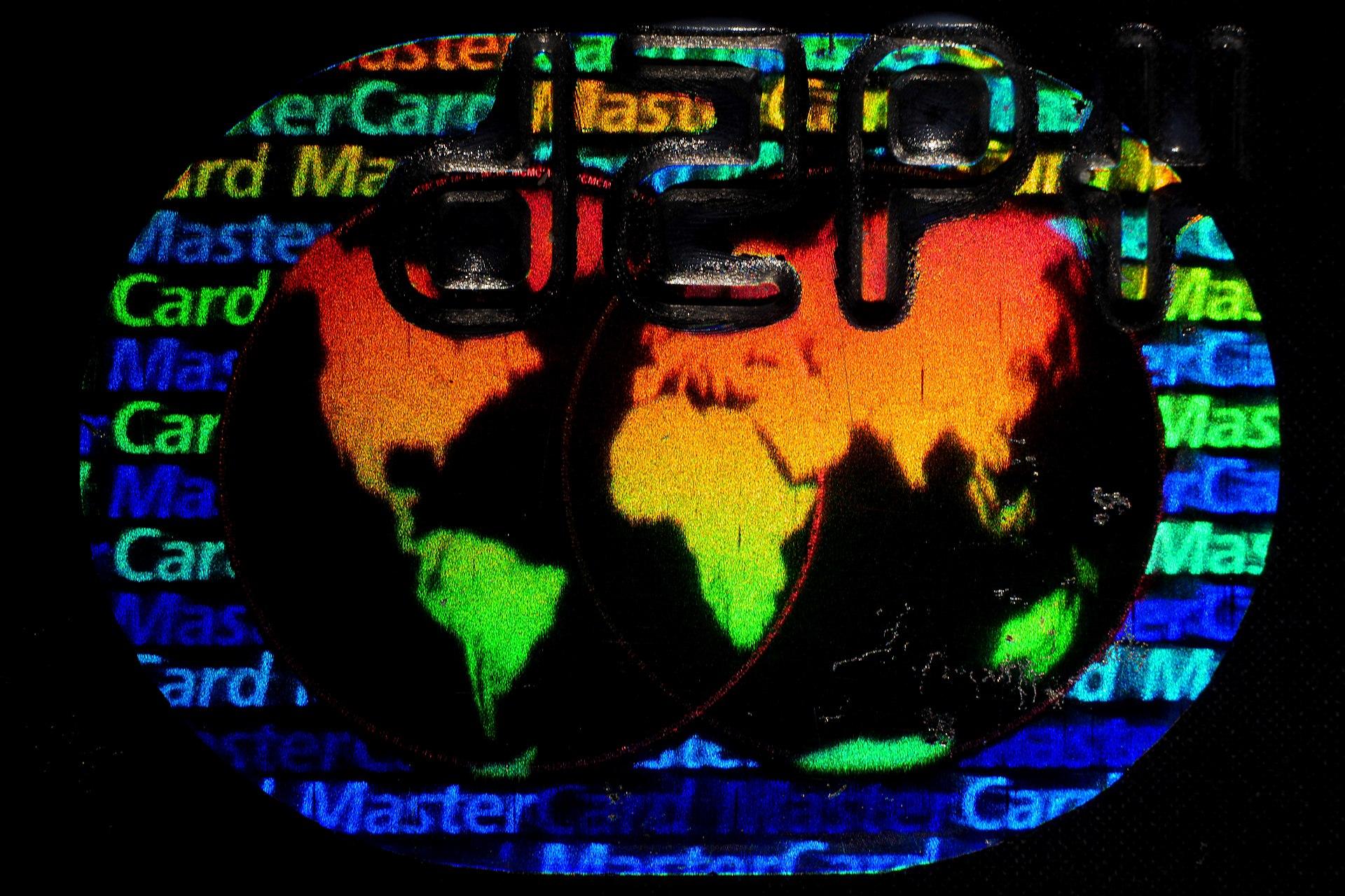 1920px-Hologramm.Mastercard.gerichtet.jpg