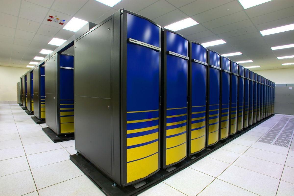 cray-supercomputer.jpg