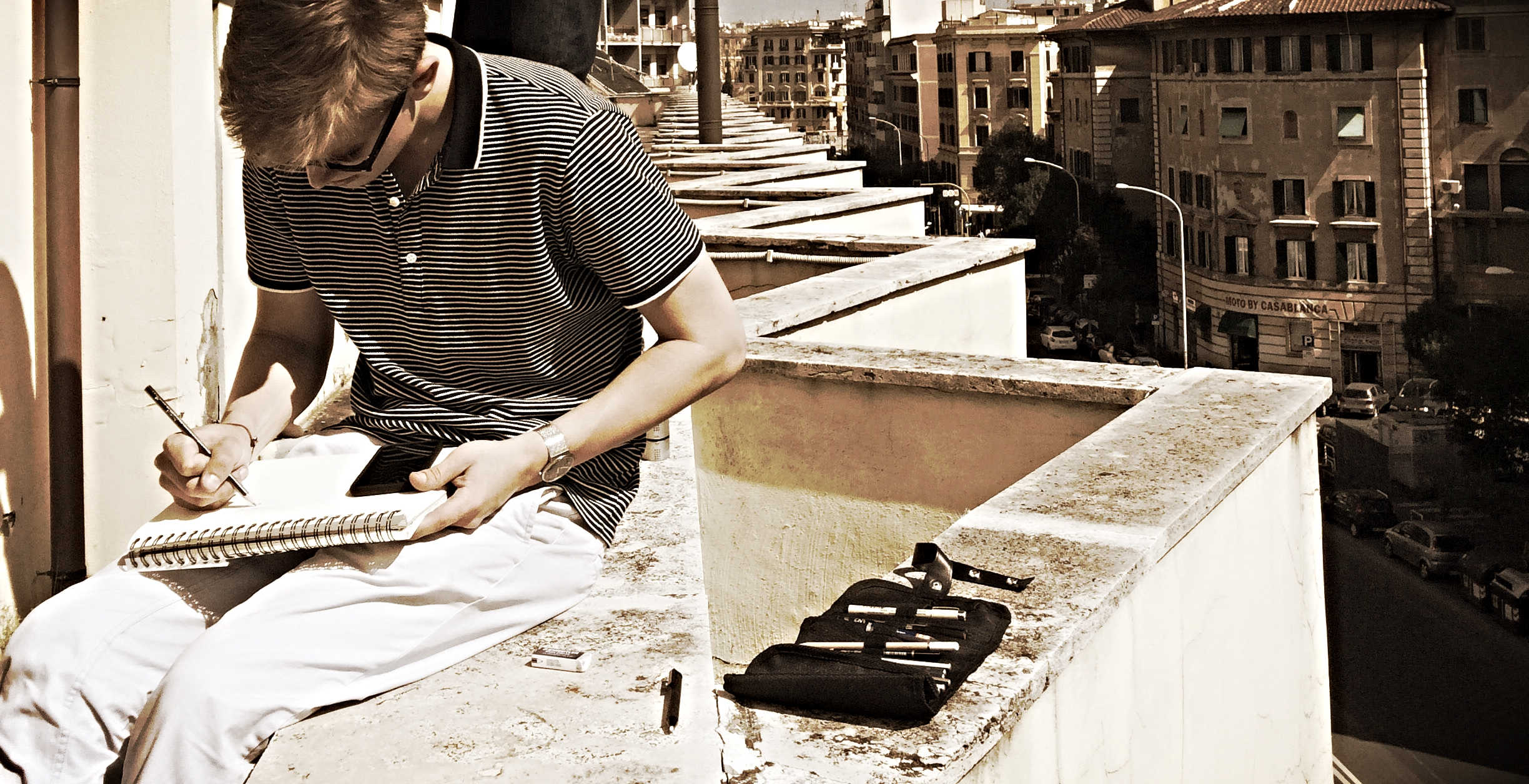 ROOFTOP SKETCHING IN ROME - SPRING 2015