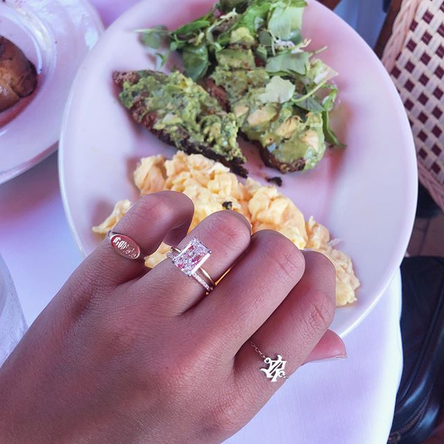 Brunchin🍳🥂 . . . . #imperfectaddiction #love #jotn #jotd #jewelryinspo #businessowner #instafashion #fashioninspo #signetring #dainty #gold #sterlingsilver #wearewomenowned #smallbusinesstips #signetrings #femalefoundercollective #glow #albanian #bossbabe #inspiring #NYC #smallbusinesssaturday #jewelrylover #glowup #smallbusinessowner #smallbusiness