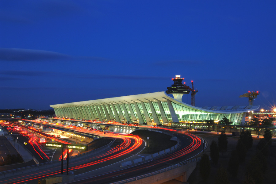 Washington Dulles International Airport Automated People Mover Design