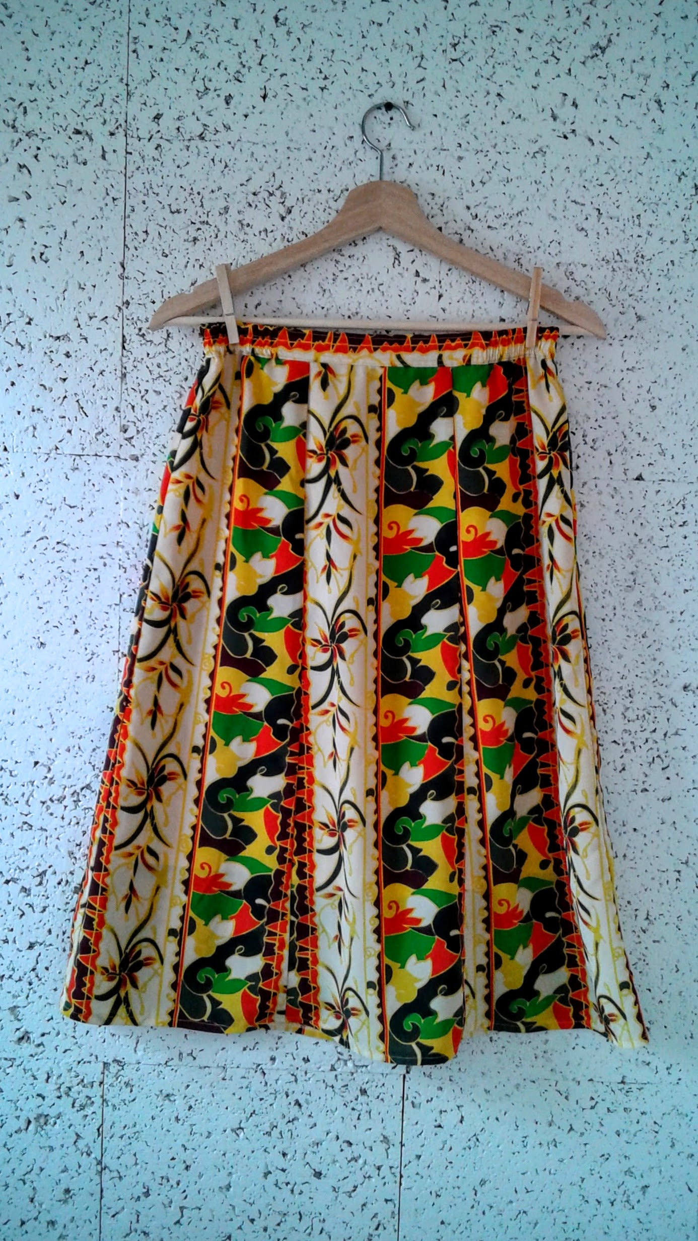Skirt; Size S/M, $18
