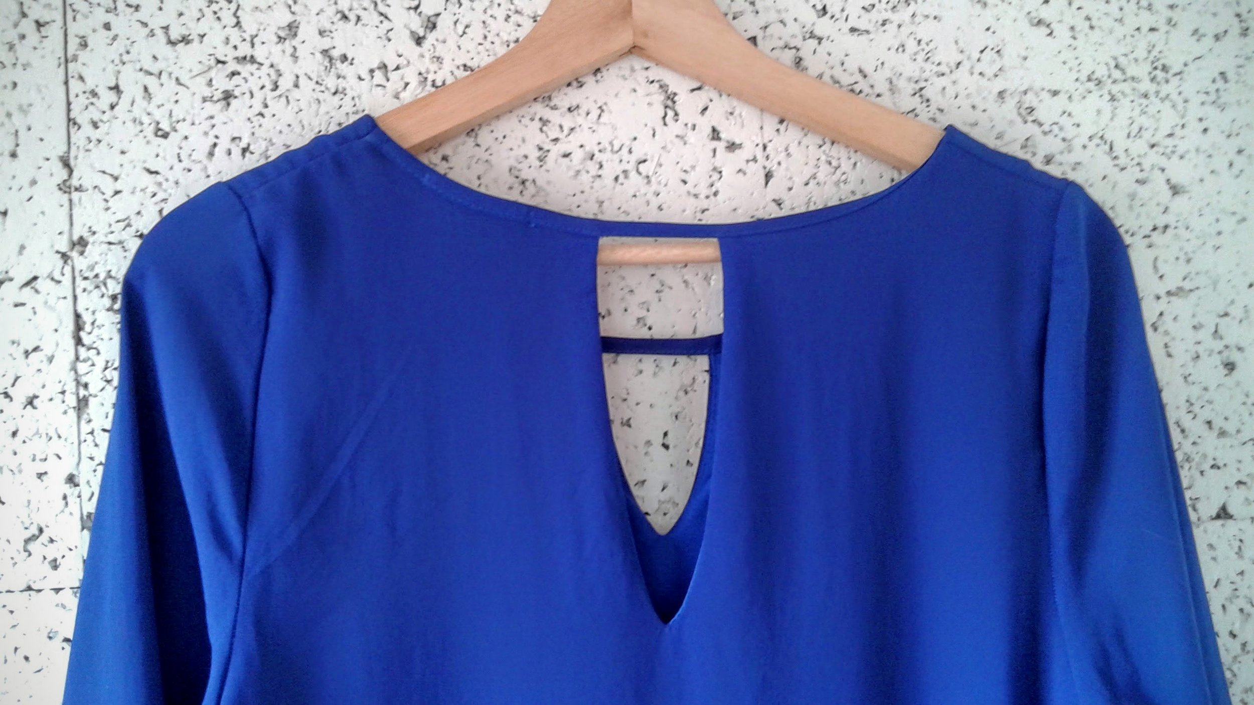 Everly back detail