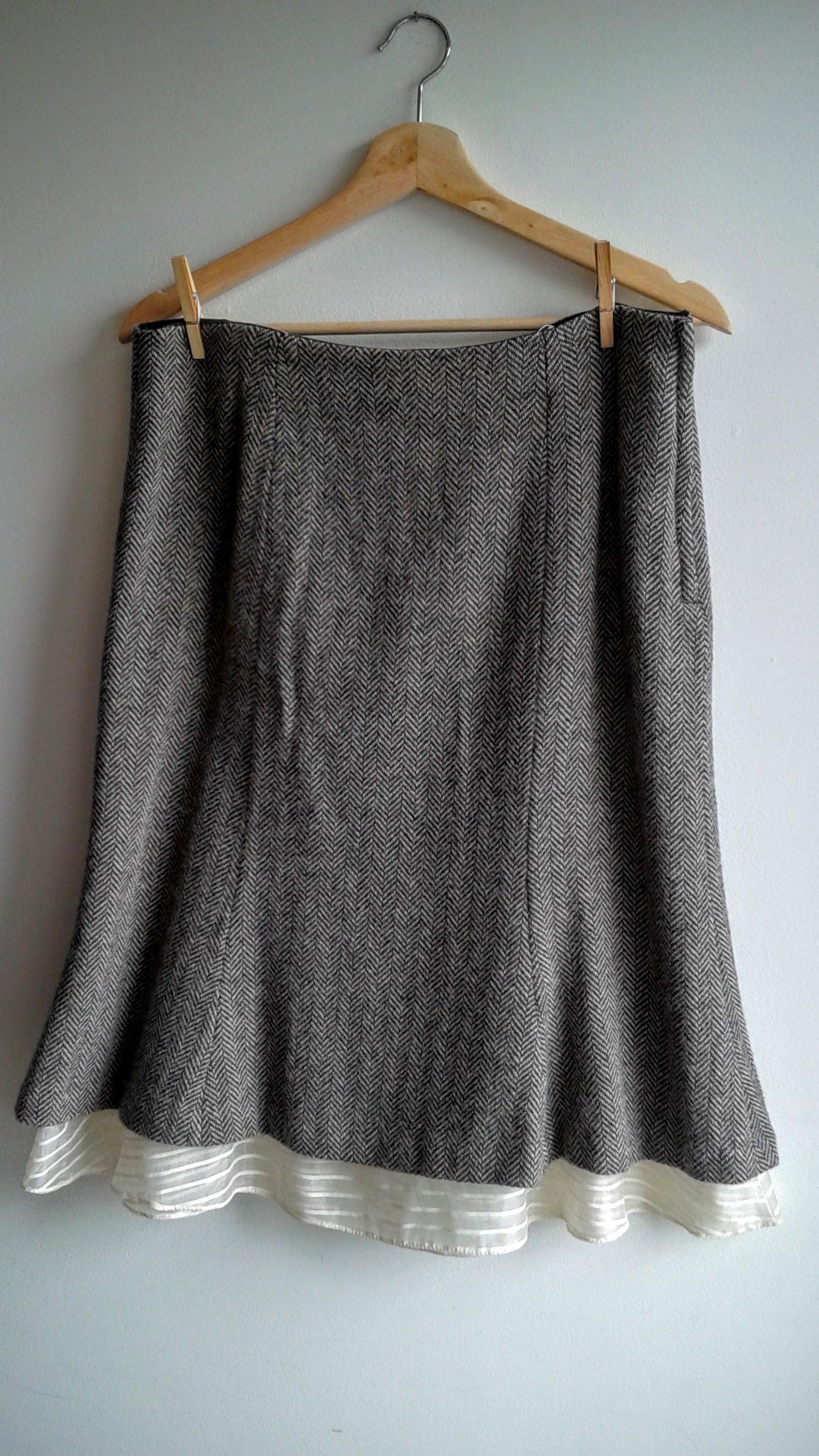 Gap skirt; Size 10, $22