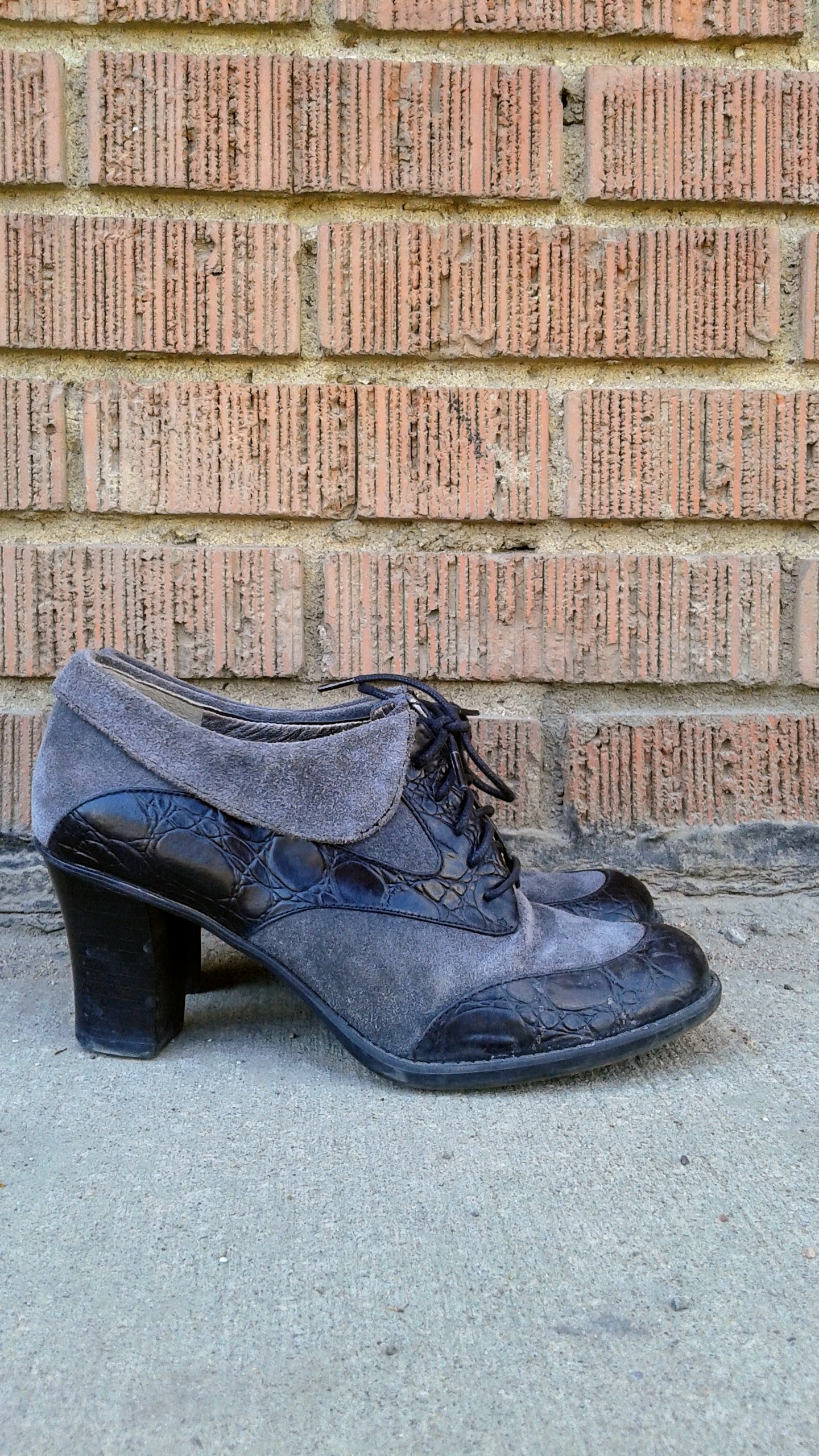 Naturalizer  shoes; S7, $28
