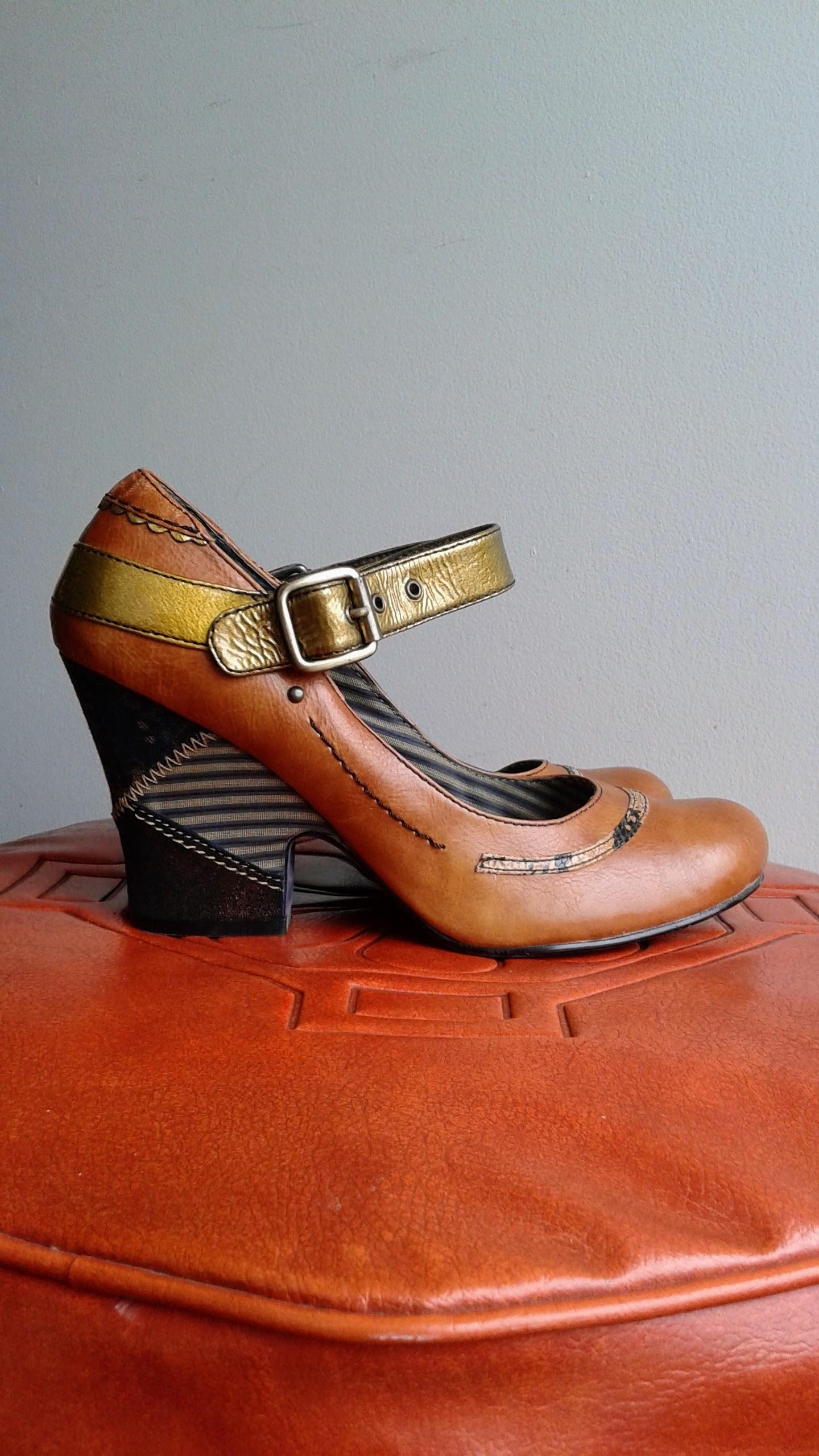 Bobbi Blu shoes; S8.5, $40