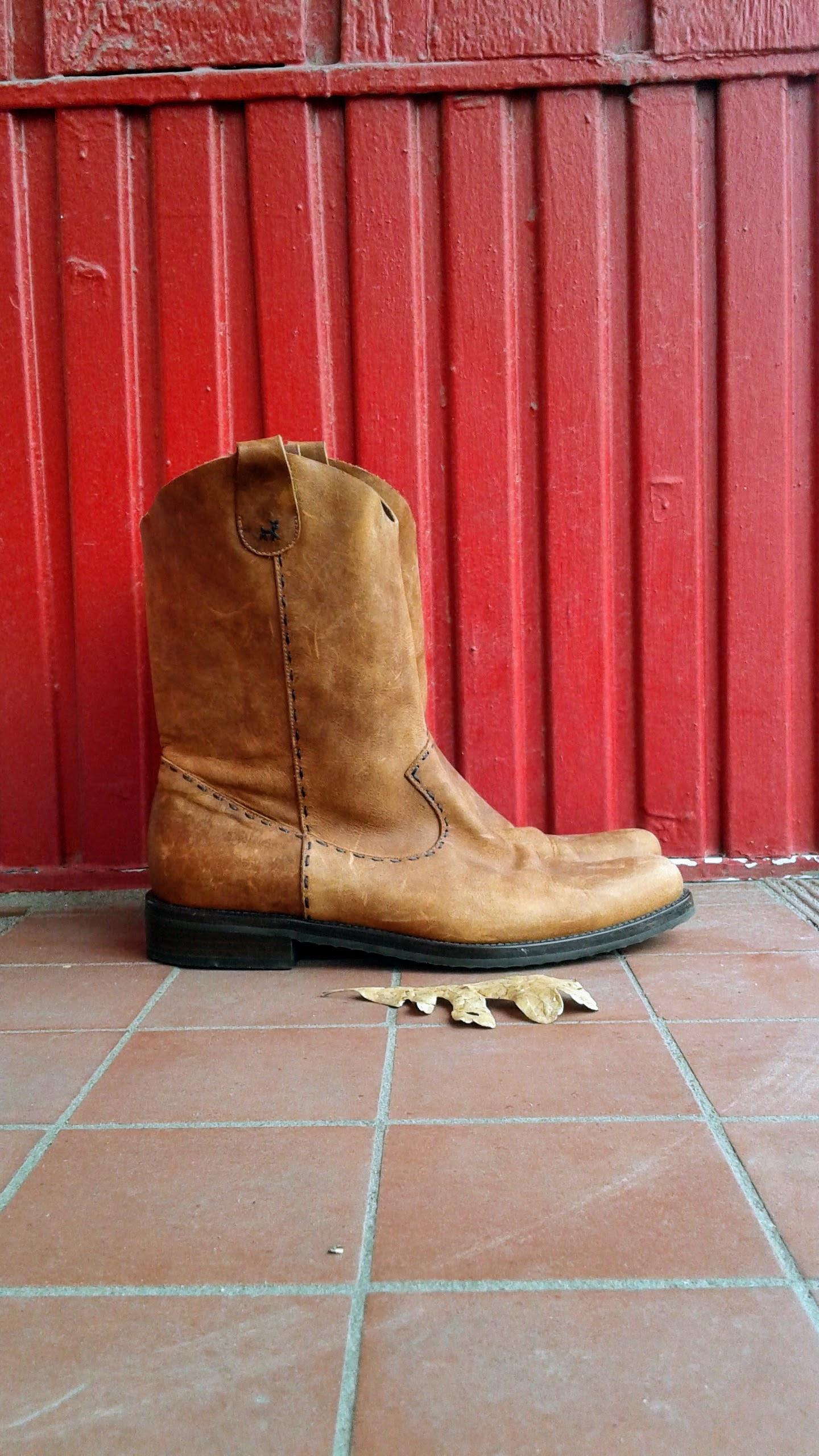 Barneys New York boots; S7.5, $72