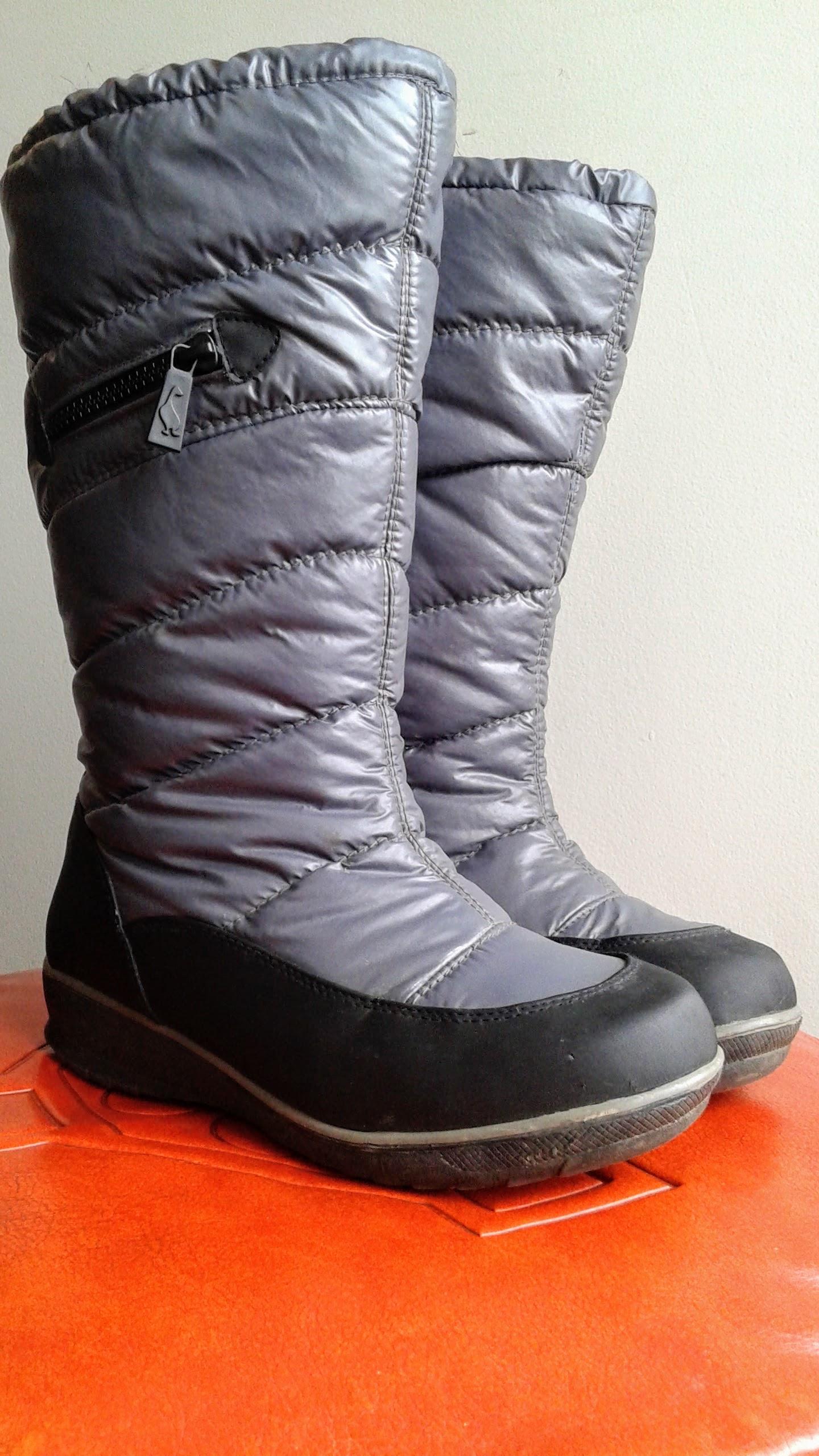 Sporto  boots; S9.5, $36