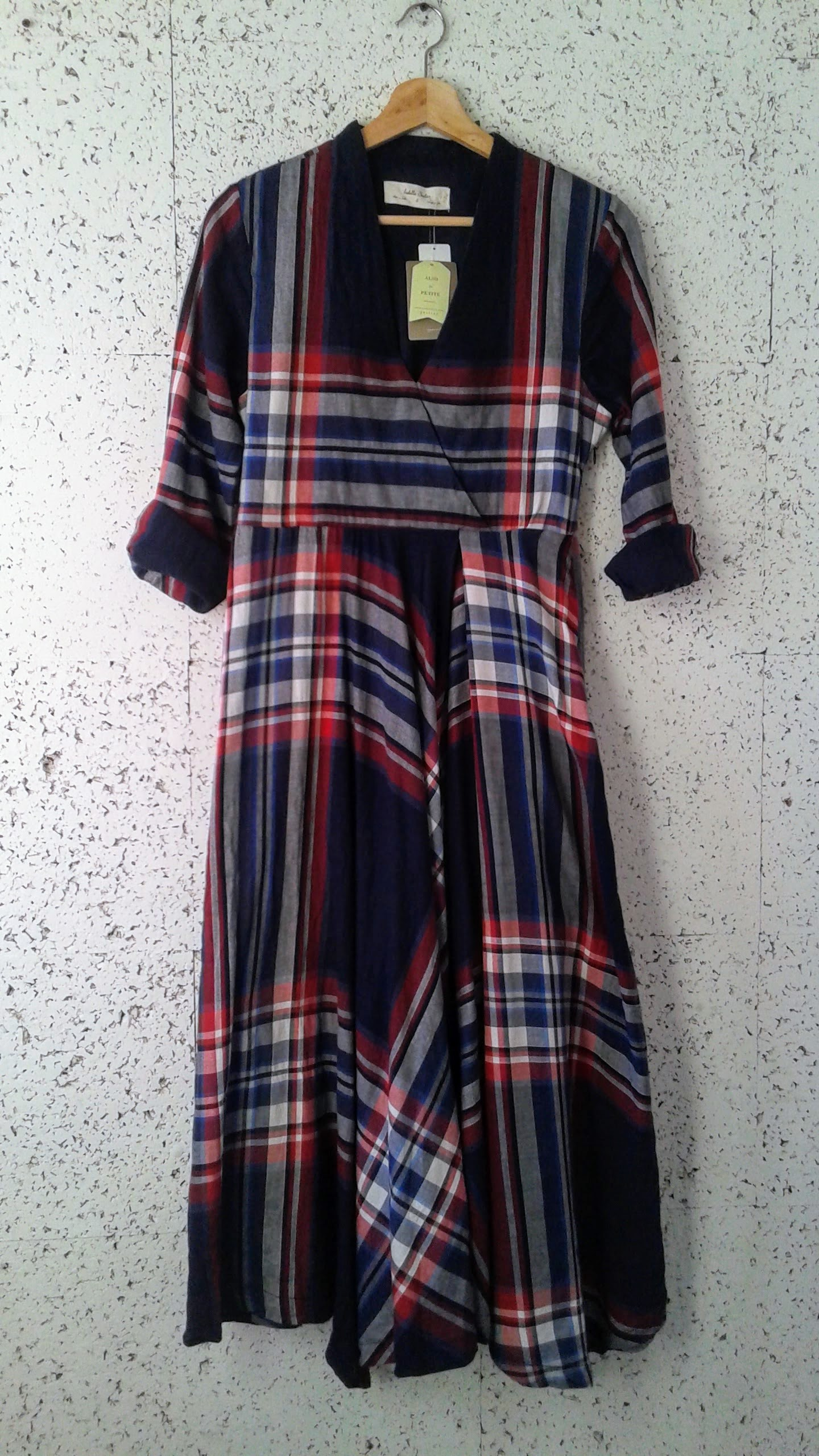 Isabella Sinclair dress (NWT); Size S, $58