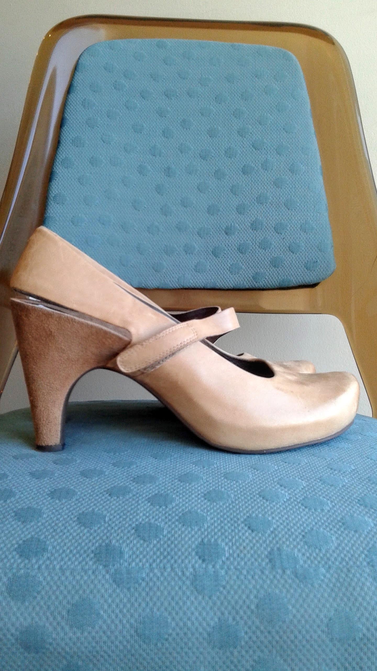 Tsubo  shoes; S9.5, $42