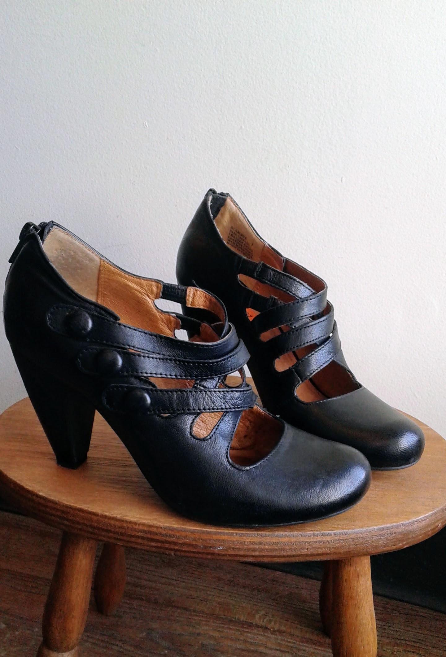 Miz Mooz shoes; S7.5, $45