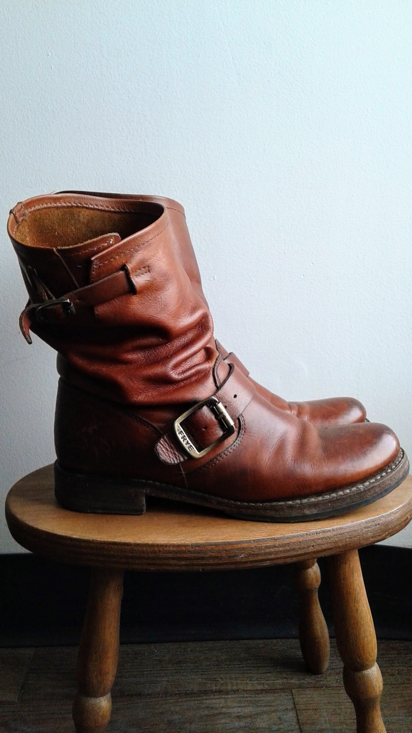 Frye boots; S7.5, $68