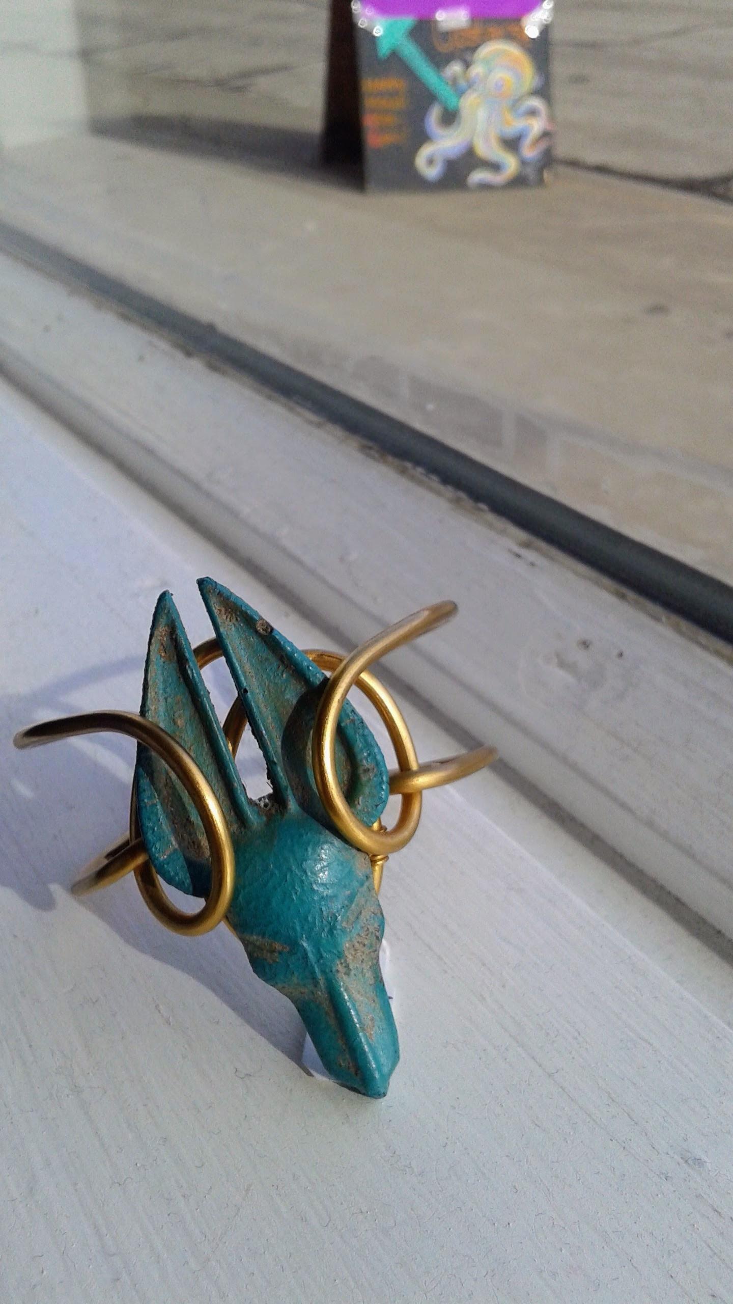 Bracelet, $20