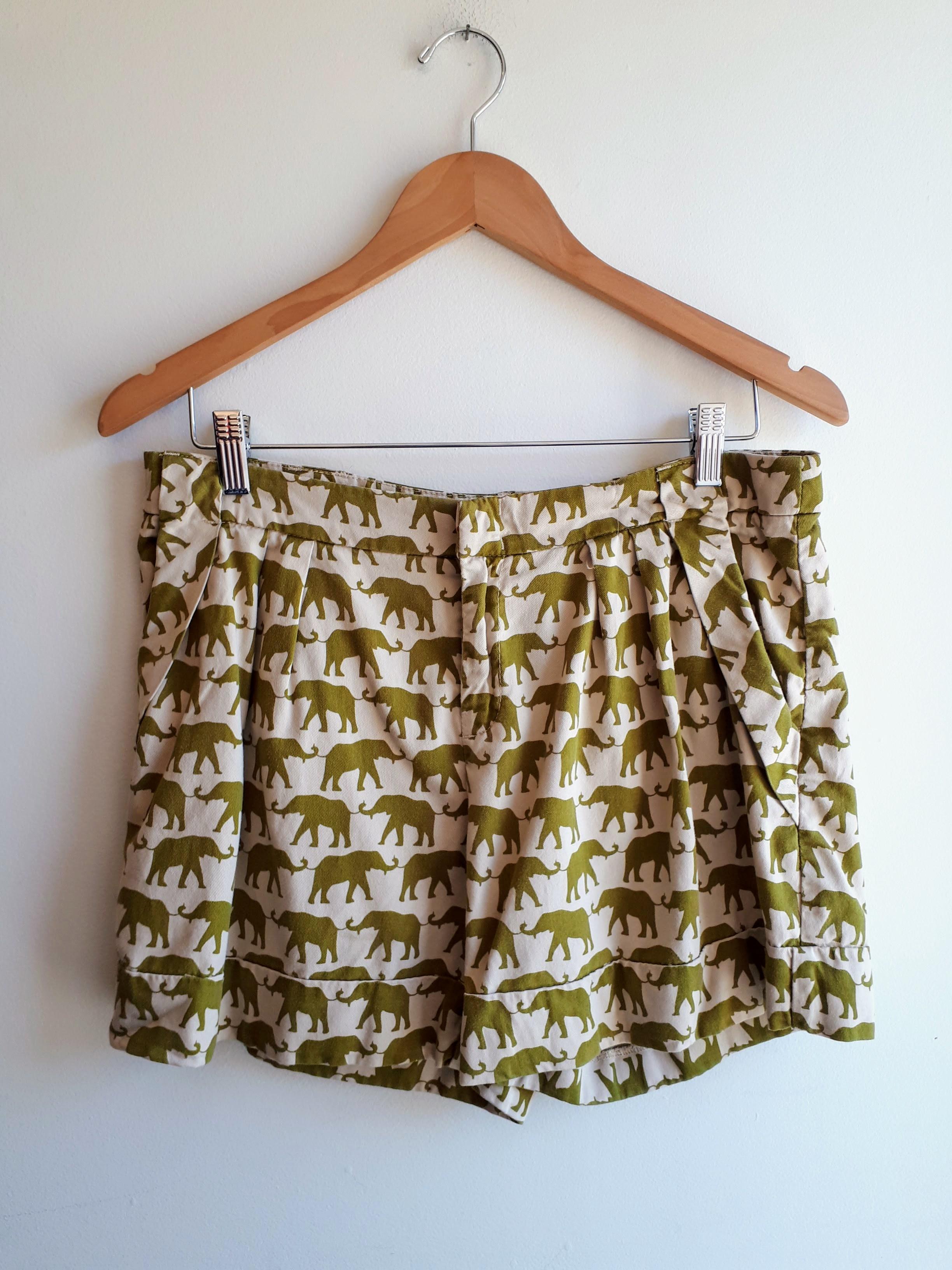 Cartonnier shorts; Size 30, $26