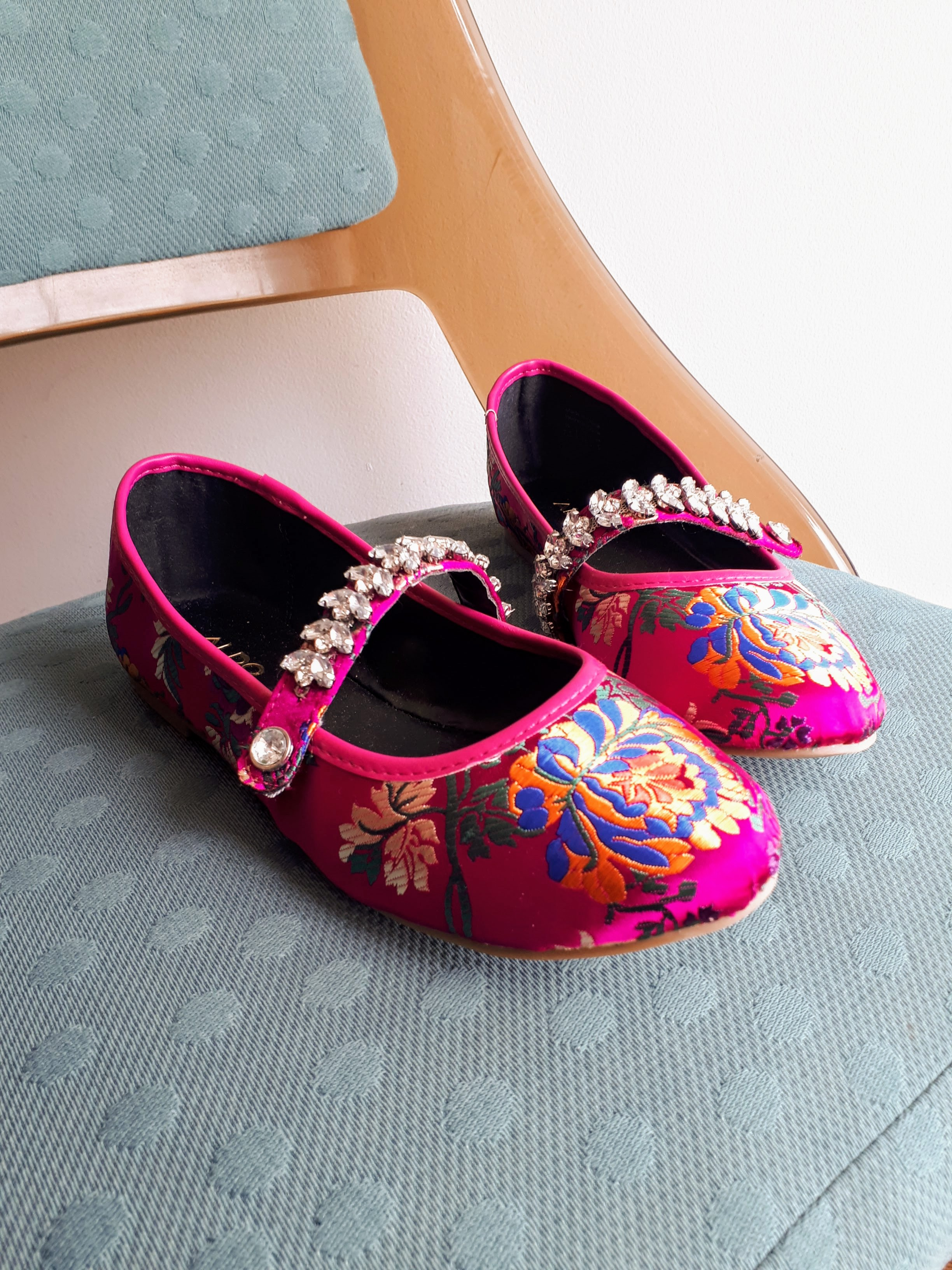 Aldo shoes; S7.5, $34