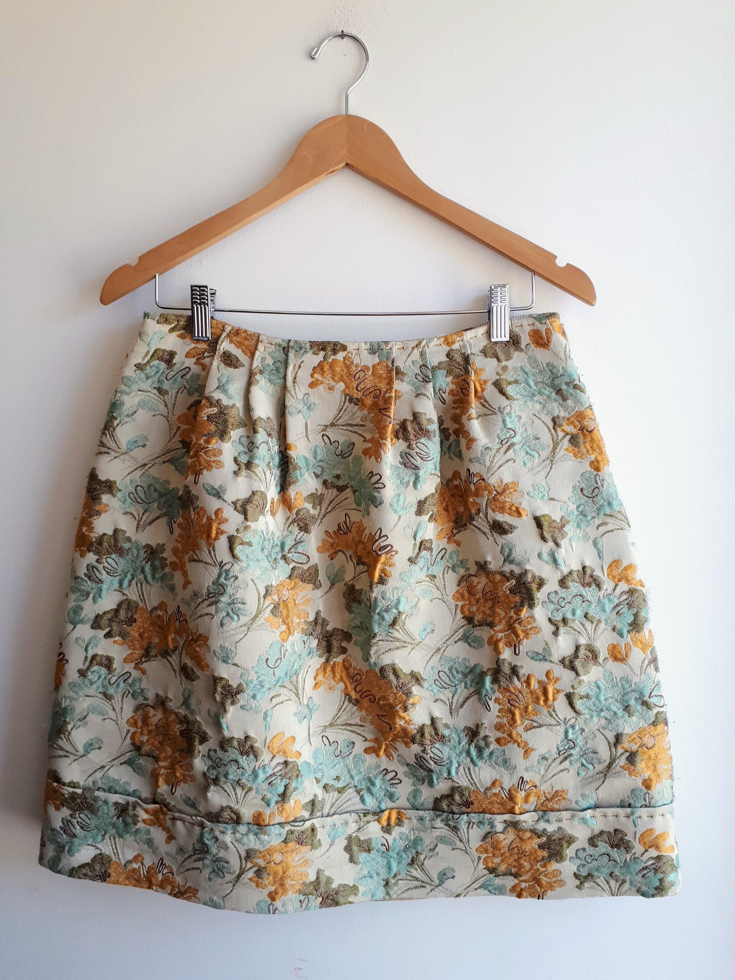 Alberta Ferretti skirt; Size 6, $52