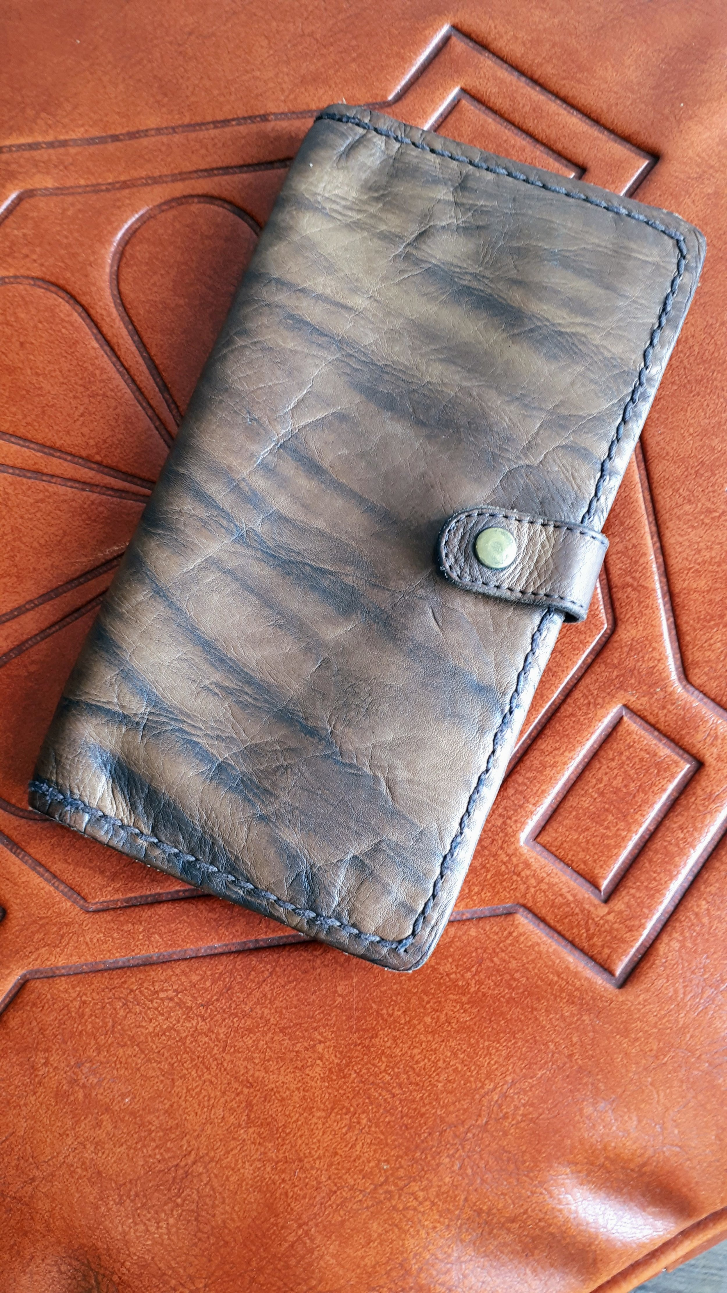 Bauxo wallet, $28