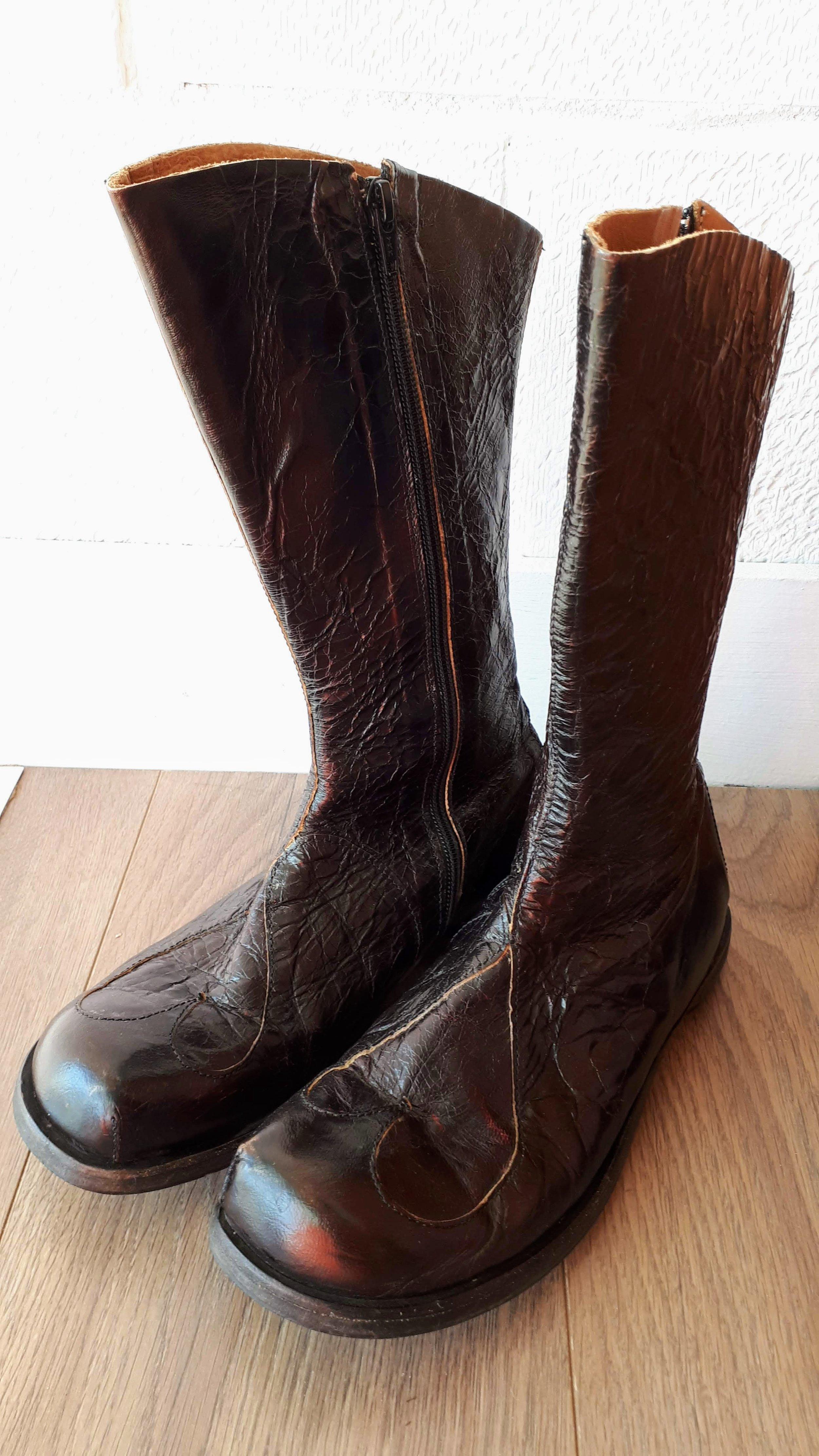 Cydwoq boots; S9, $195