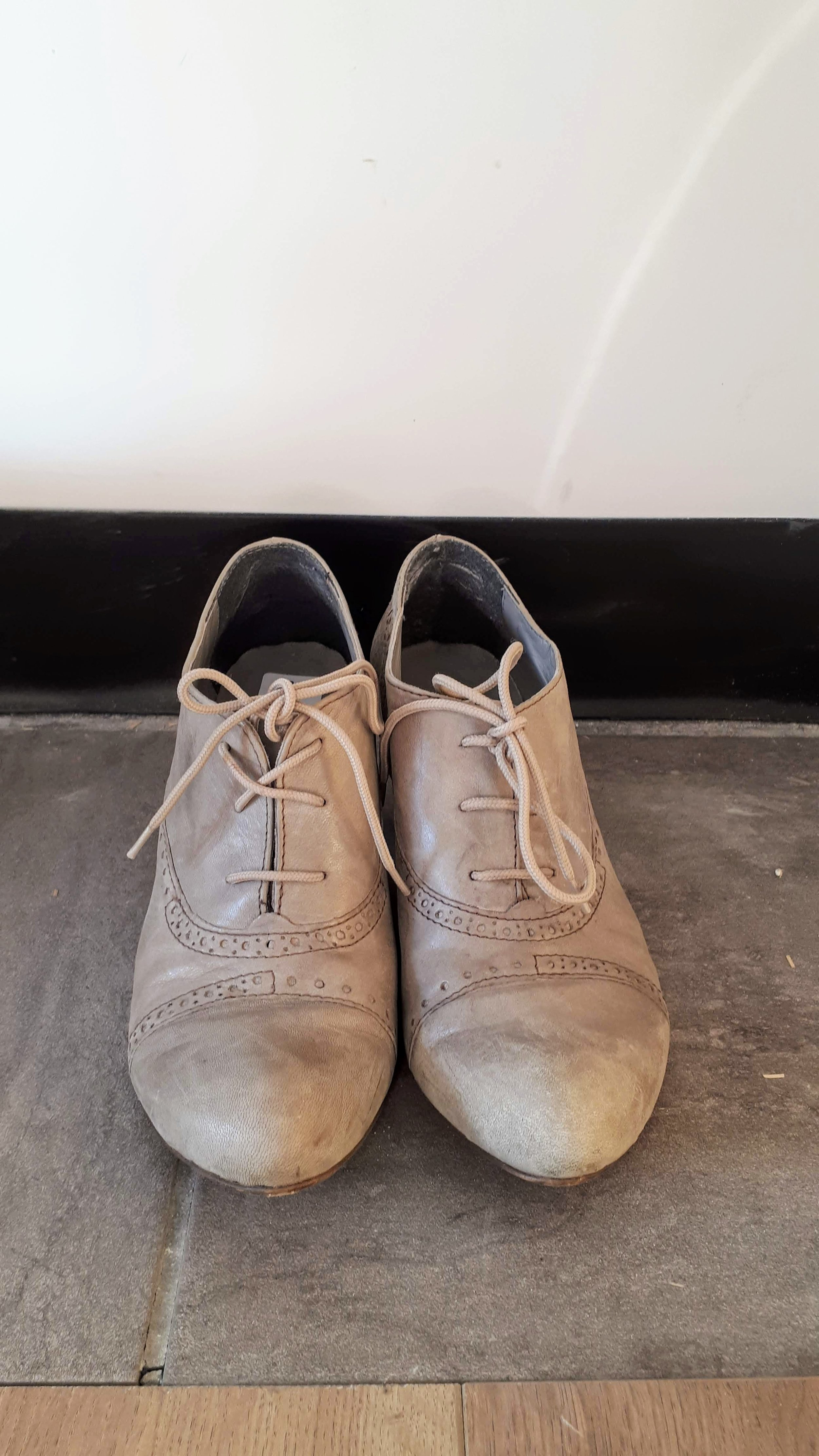 Italian shoes; Size 7.5, $38