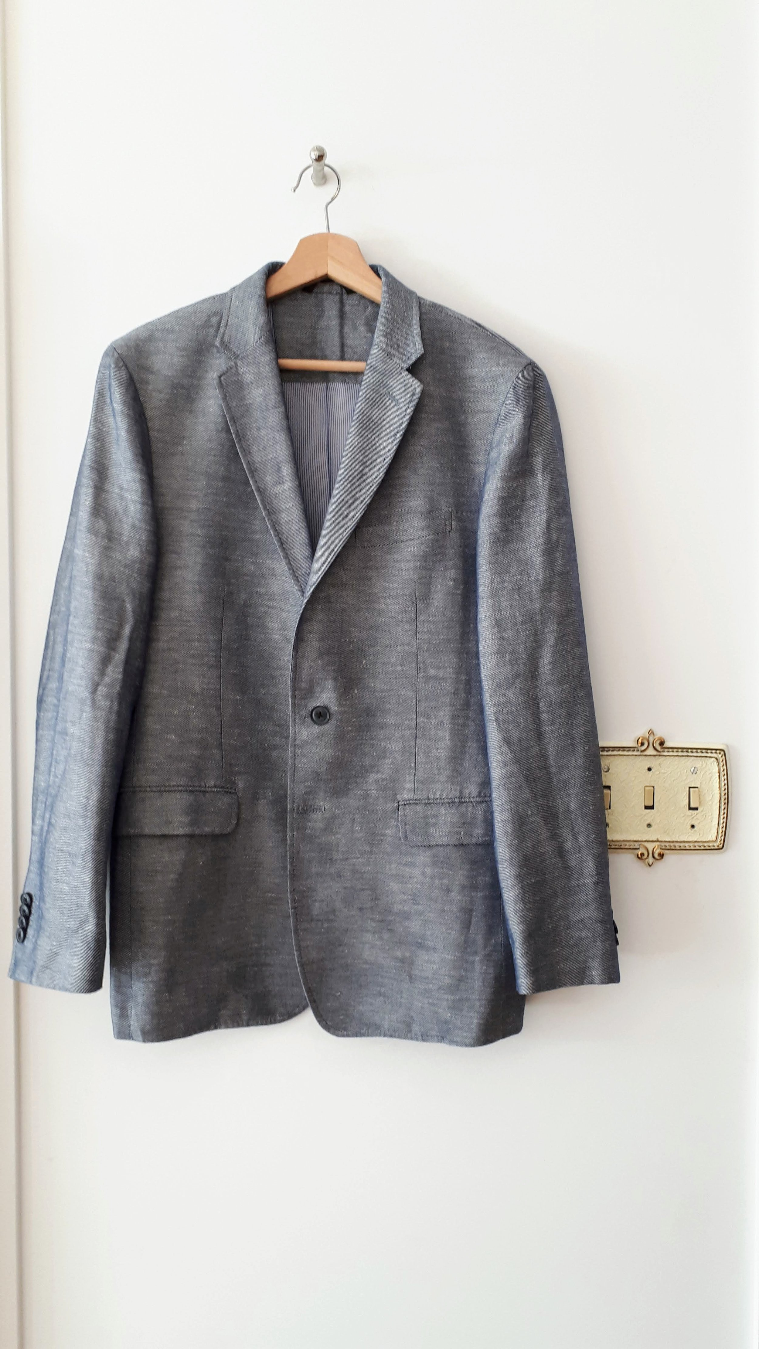 Banana Republic mens blazer; Size 40, $42