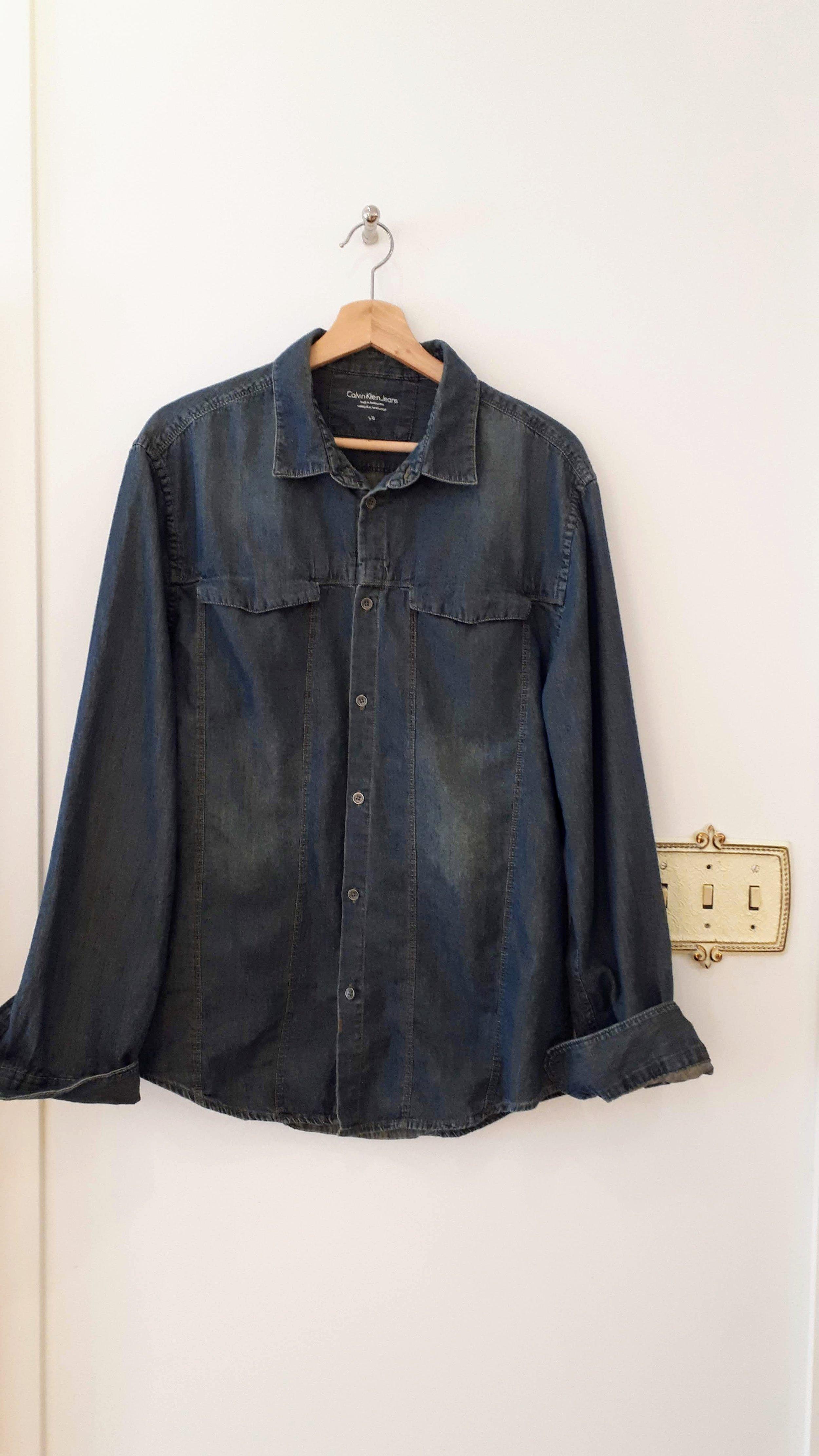 Calvin Klein mens shirt; Size L, $28