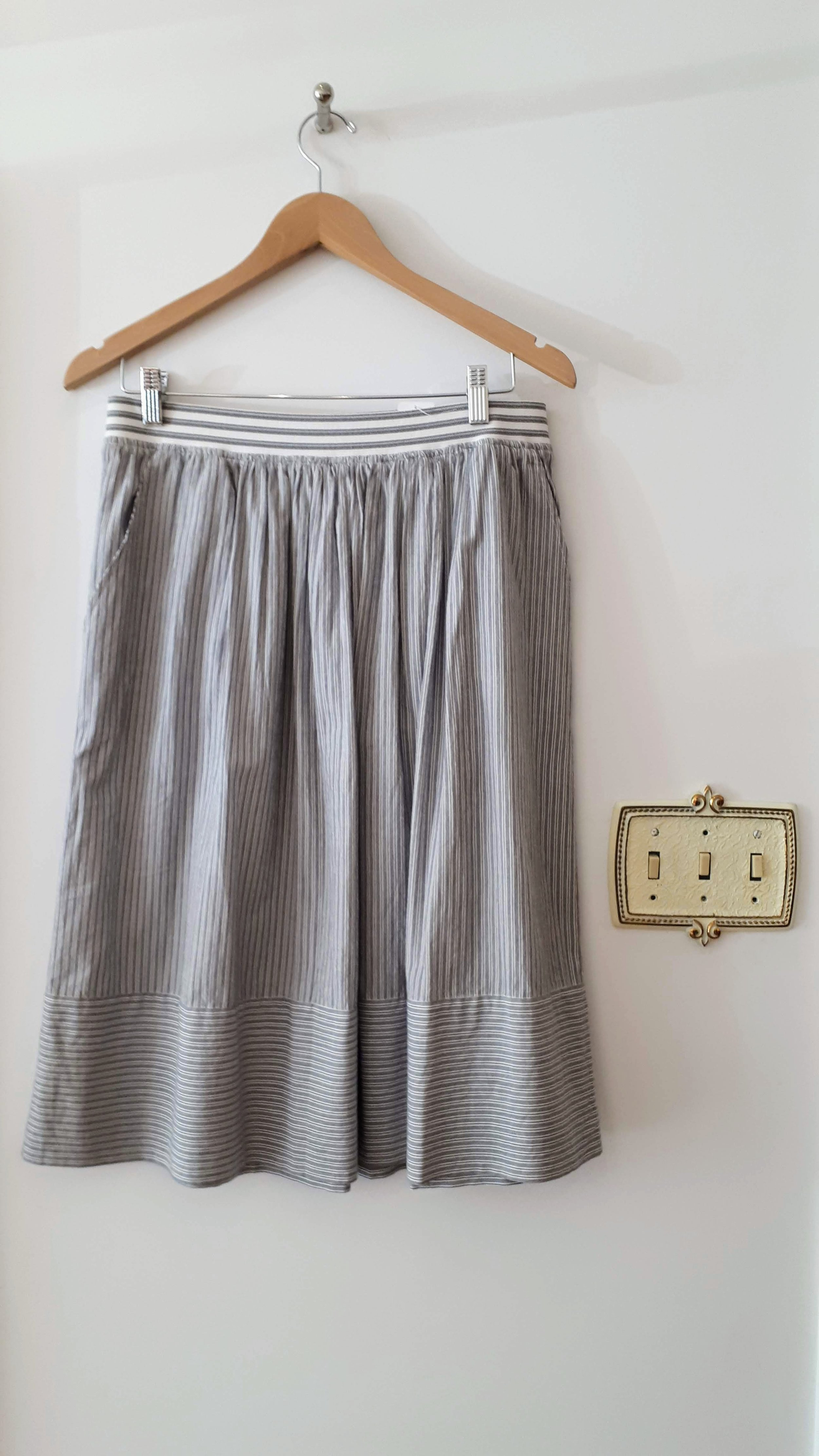 Banana Republic skirt; Size 6, $30 (on sale for $15!)