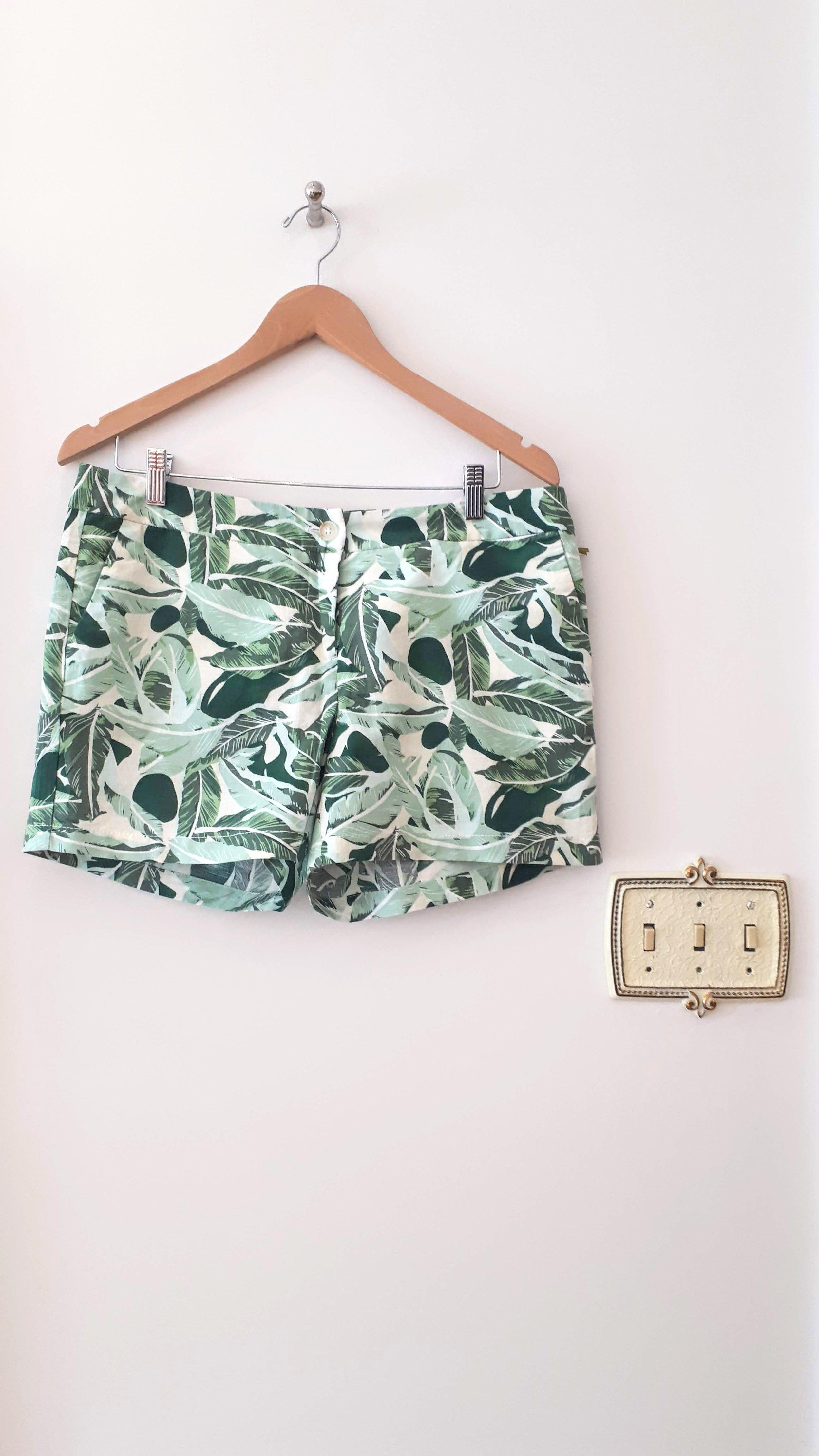 Saint-Tropez shorts (NWT); Size 12, $20