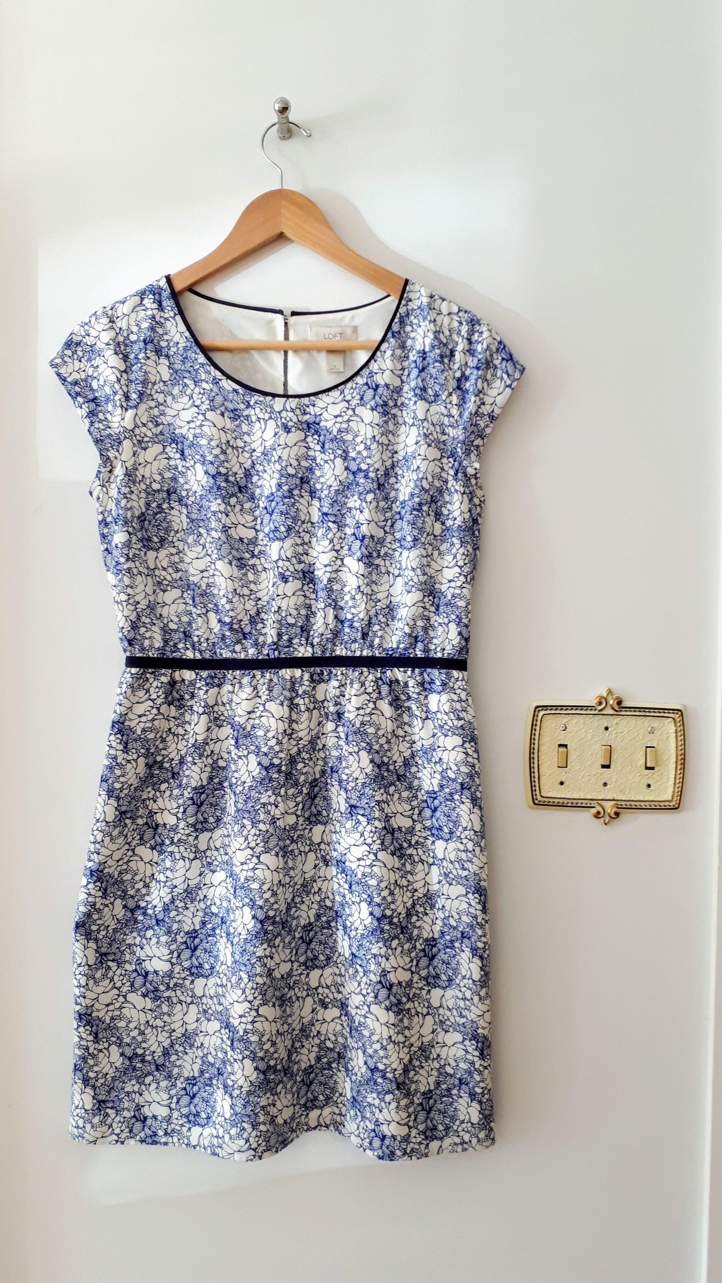 Ann Taylor dress; Size 6, $34