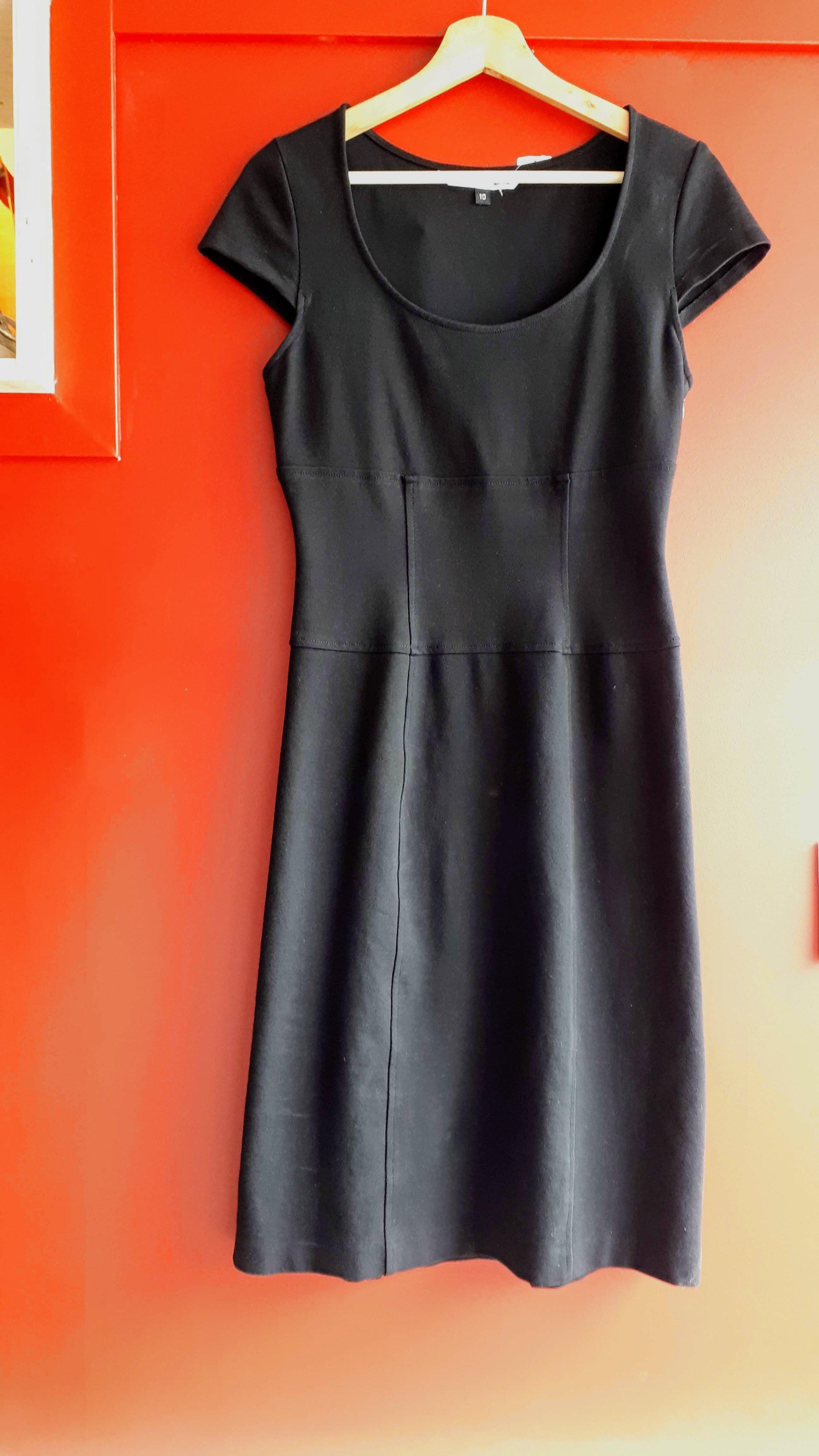 Diane von Furstenberg dress; Size 10, $48