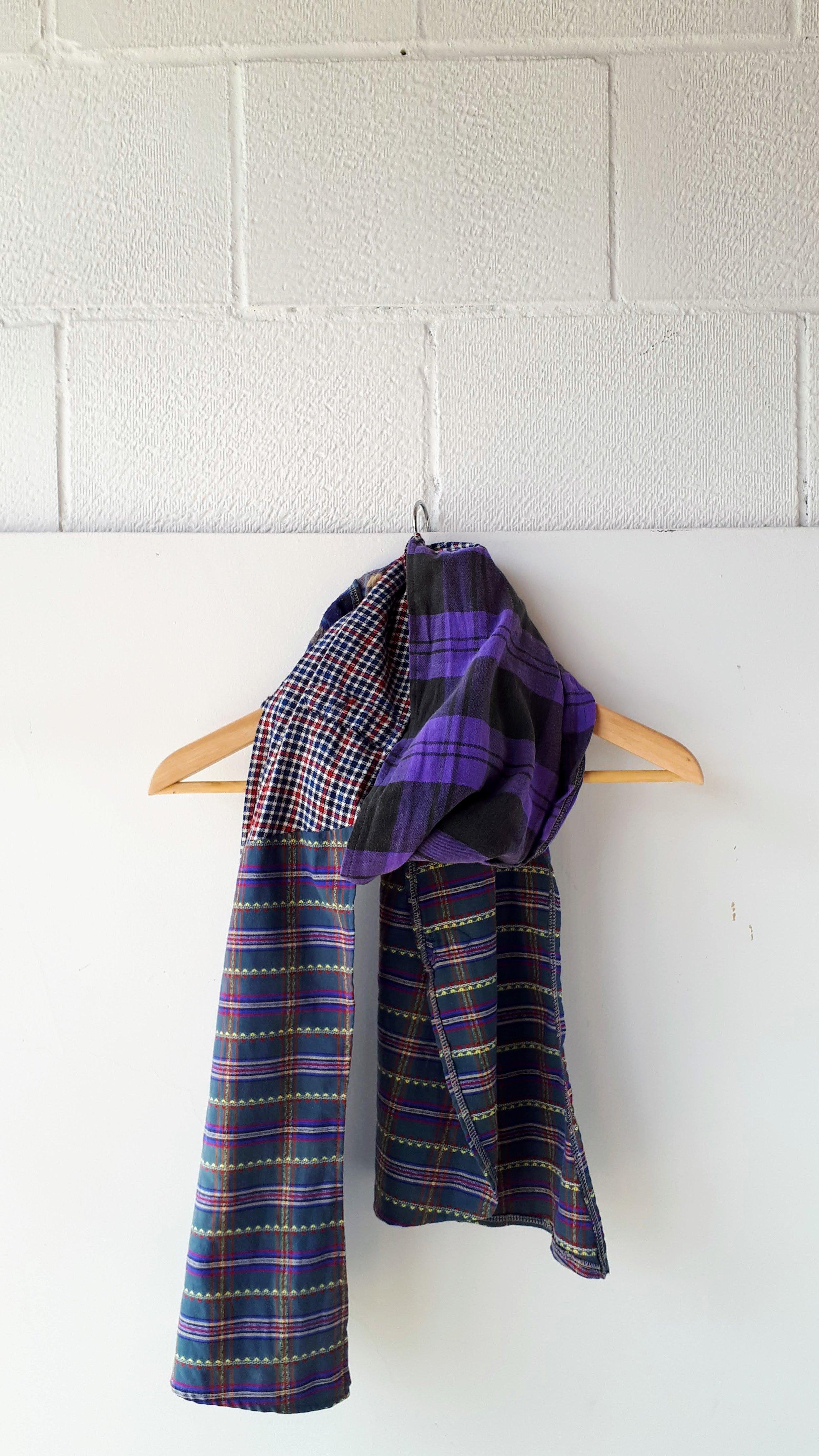 Preloved scarf. $22