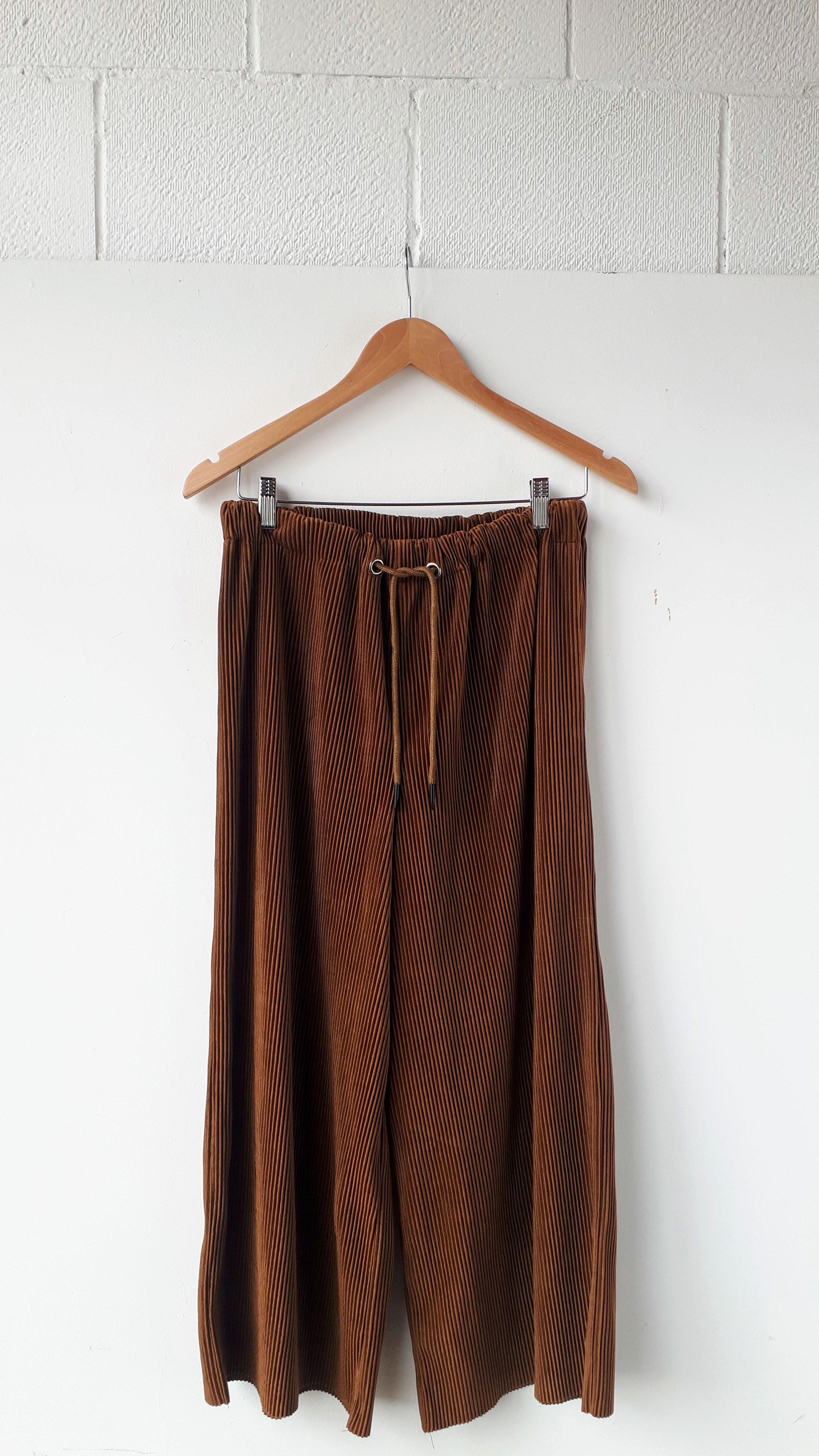 Molly Bracken pants; Size L, $40