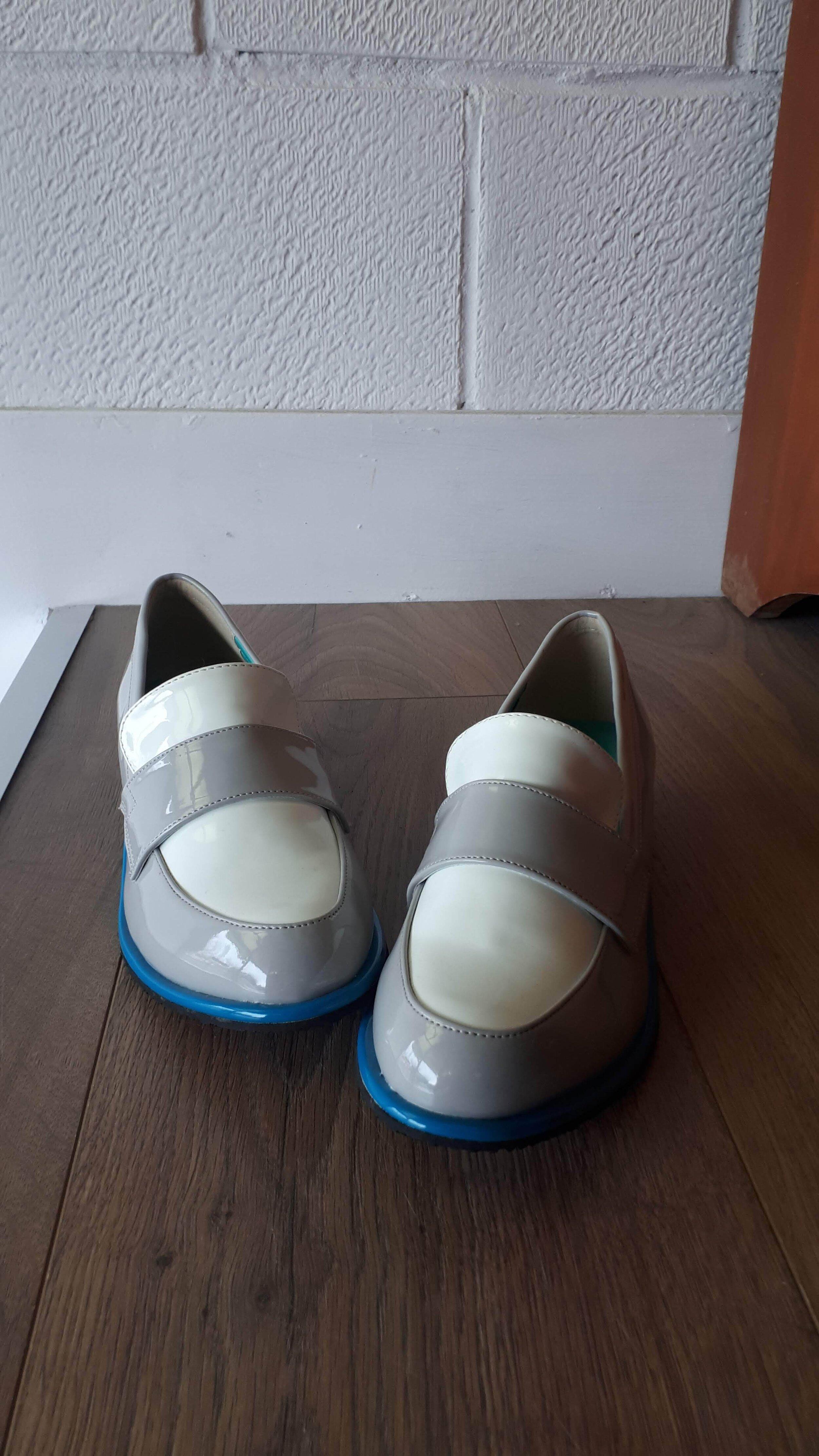 Mix Juice shoes; Size 8, $30