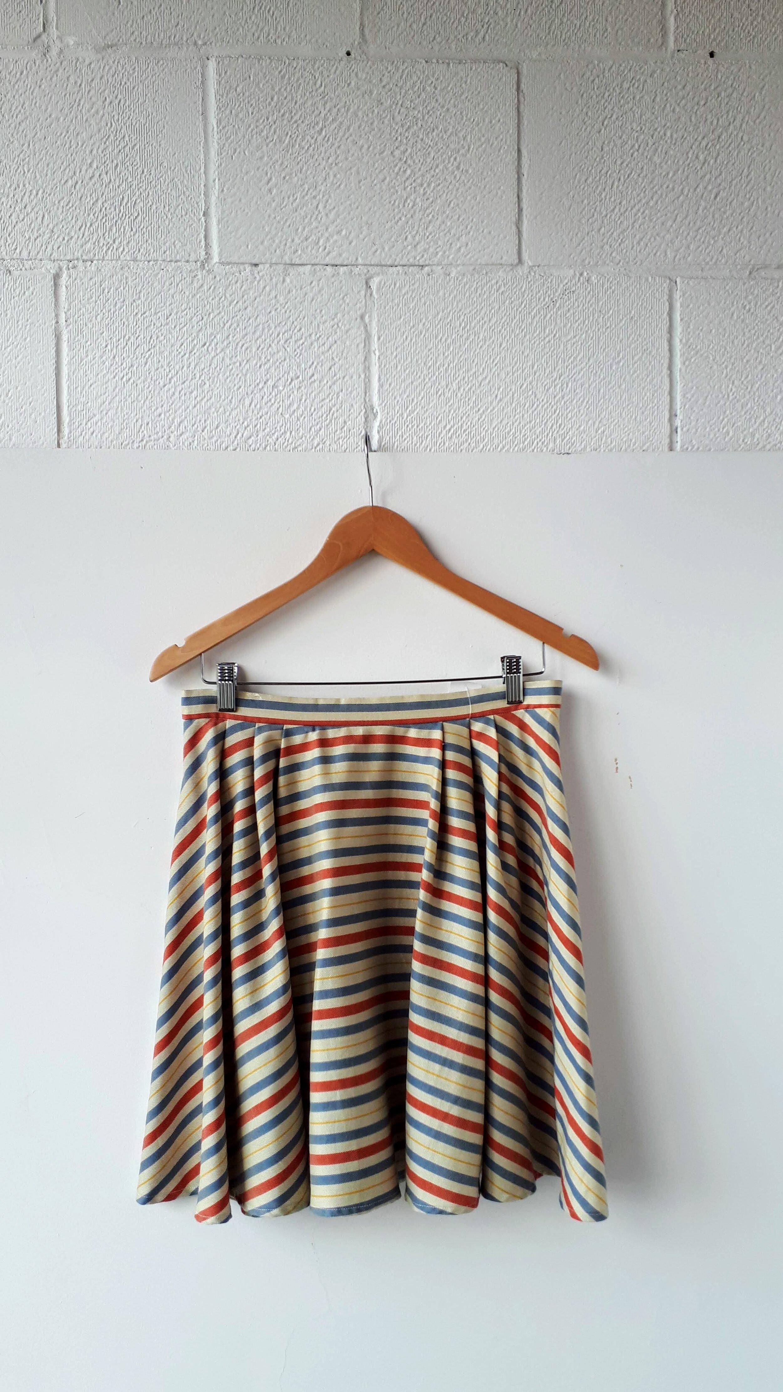 Nicola Fan skirt; Size L, $34