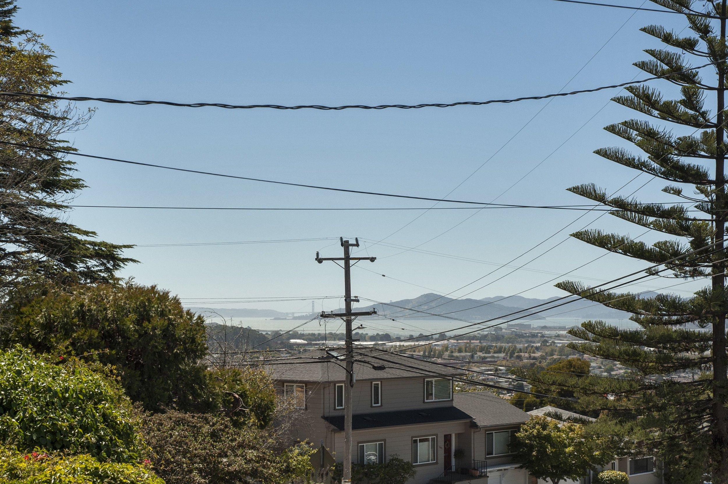2416 Edwards View 3.jpg
