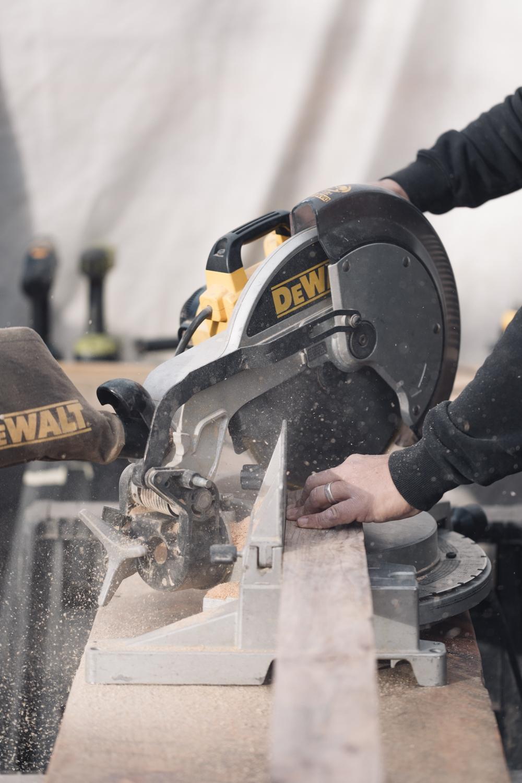 Jimena-Peck-Denver-Lifestyle-Editorial-Photographer-Colorado-Reclaim-Cutting-Up-Wood