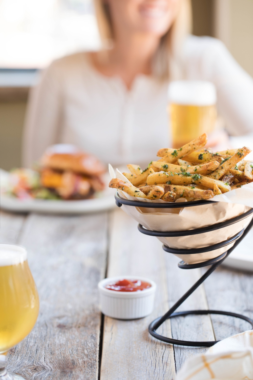 Jimena-Peck-Denver-Food-Photographer-Gordon-Biersch-Brewery-French-Fries-Close-Up