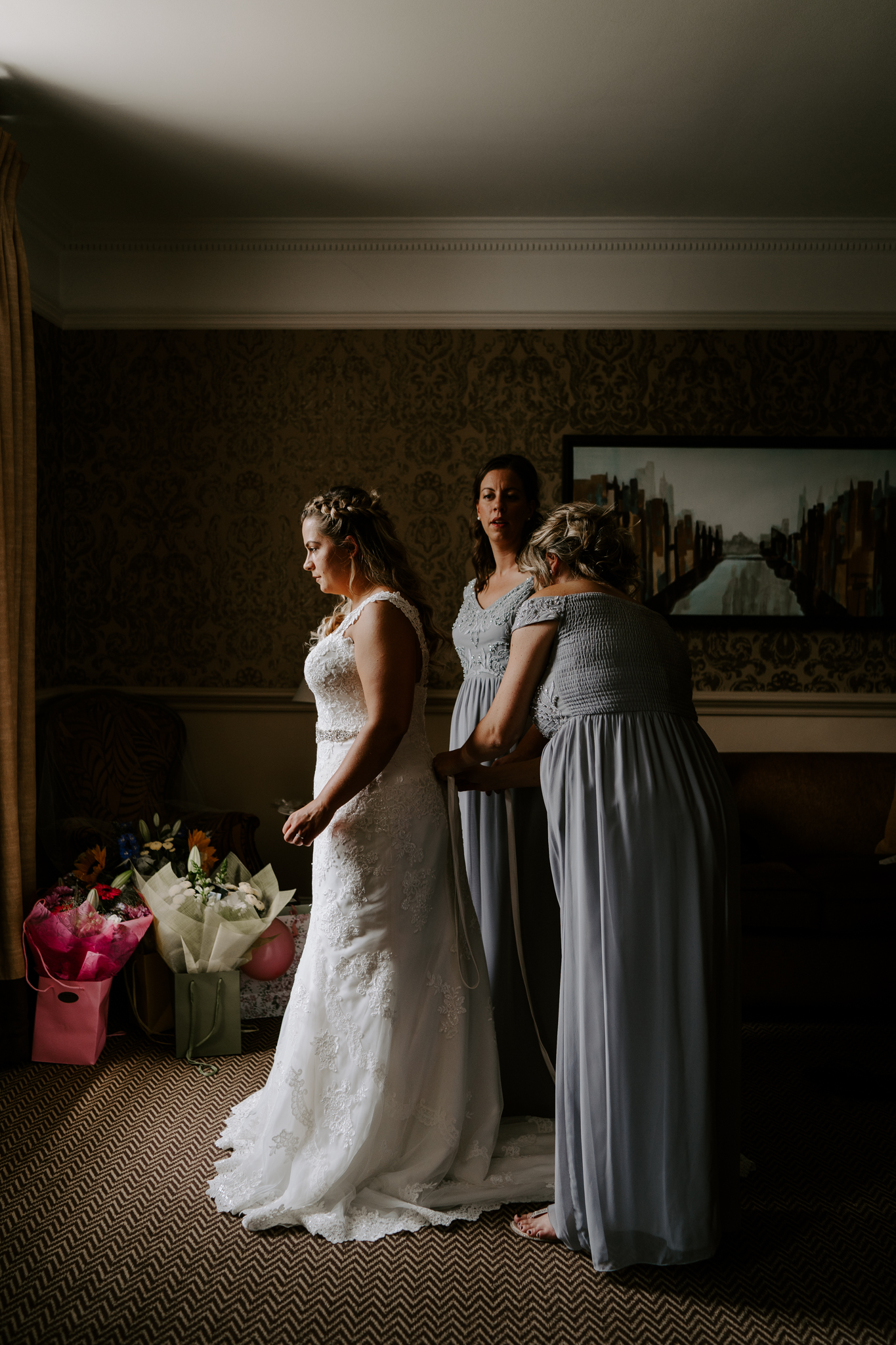 top-wiltshire-wedding-photographer