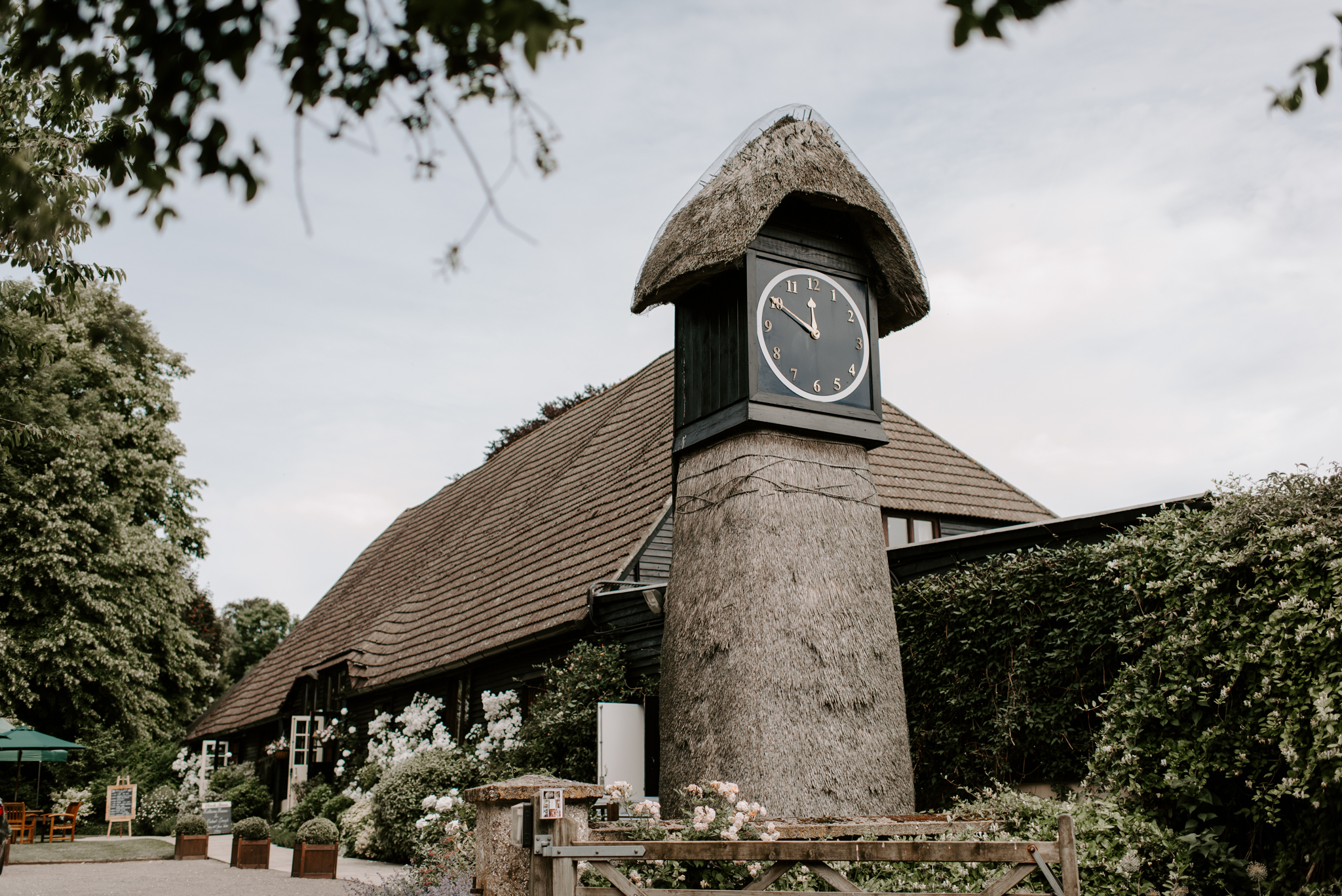 clock-barn-wedding-photographer