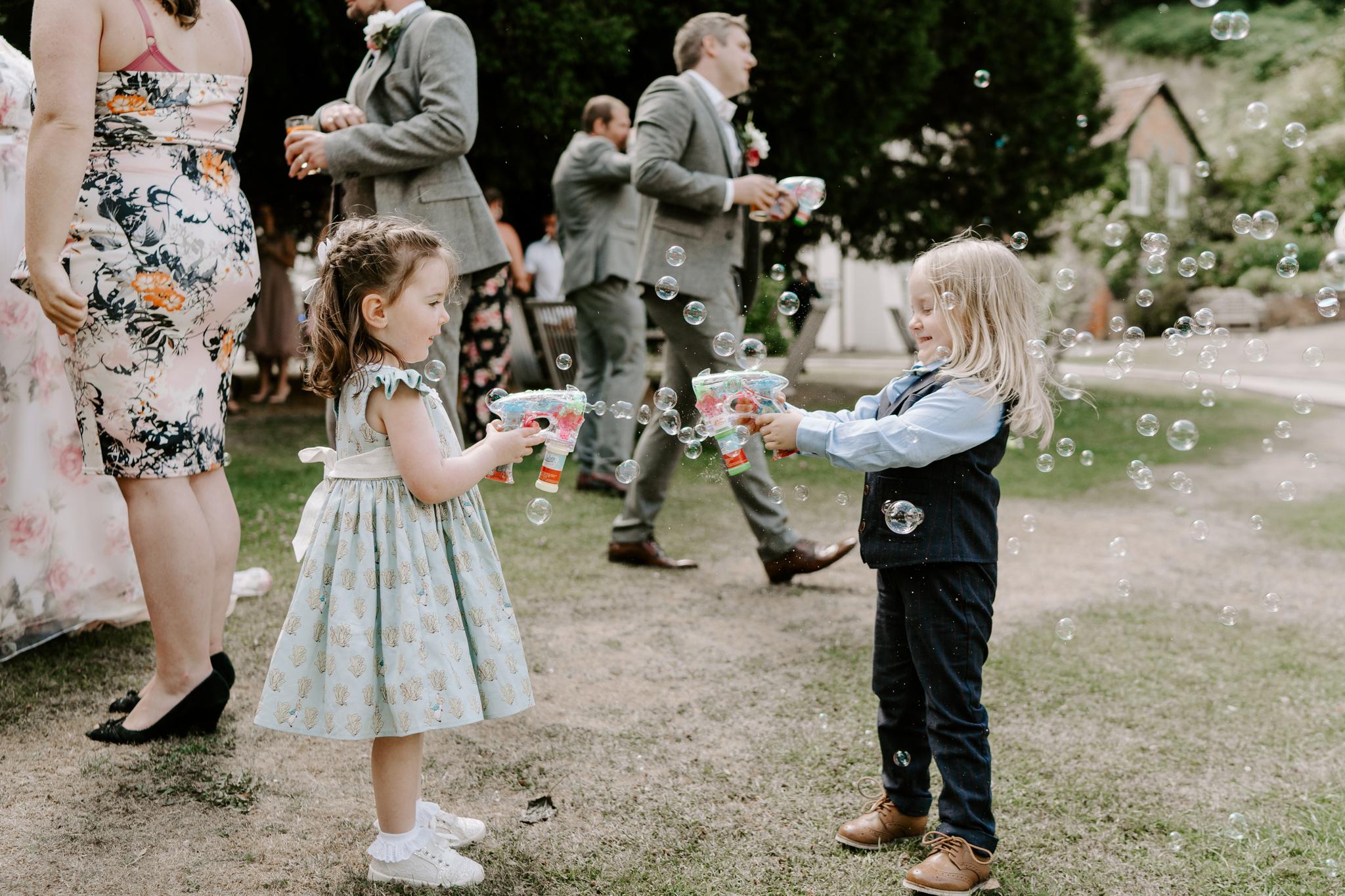 natural-wedding-photographer-surrey
