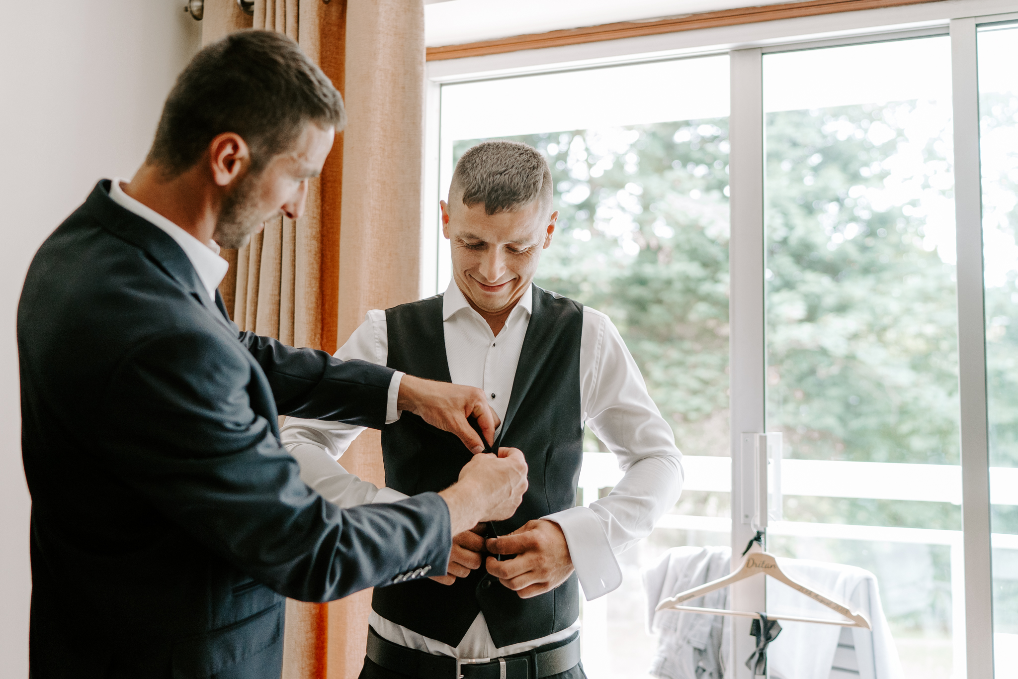 groom-prep-wedding