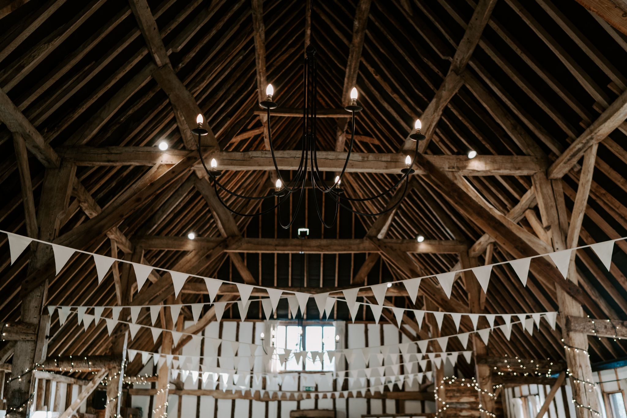 clock-barn-wedding-blog
