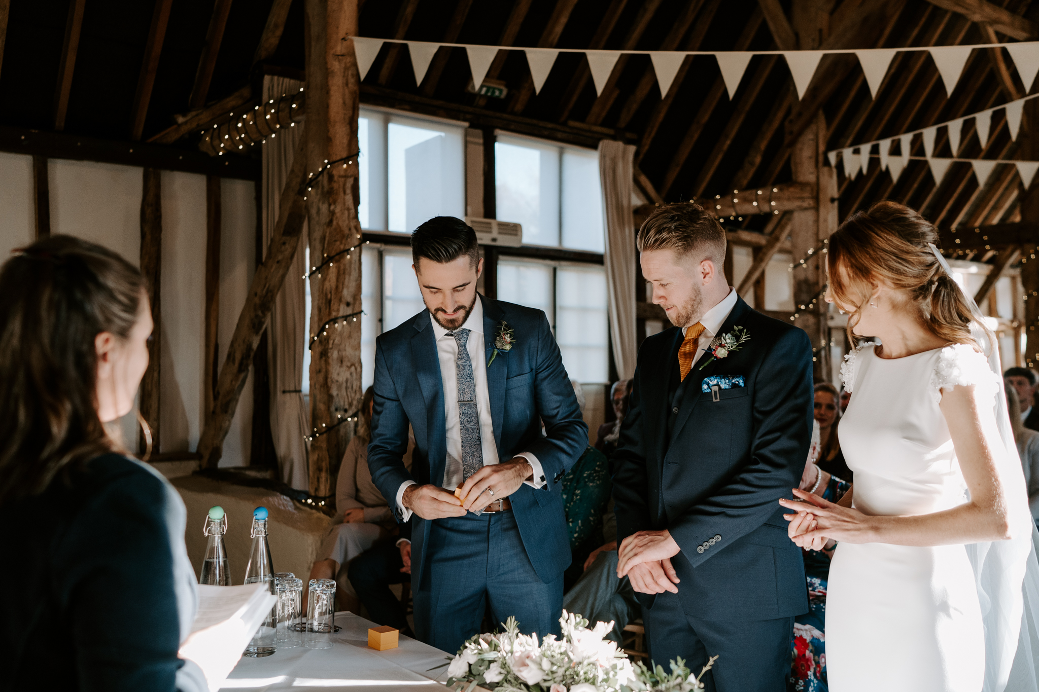 wedding-photographer-in-wiltshire-budget