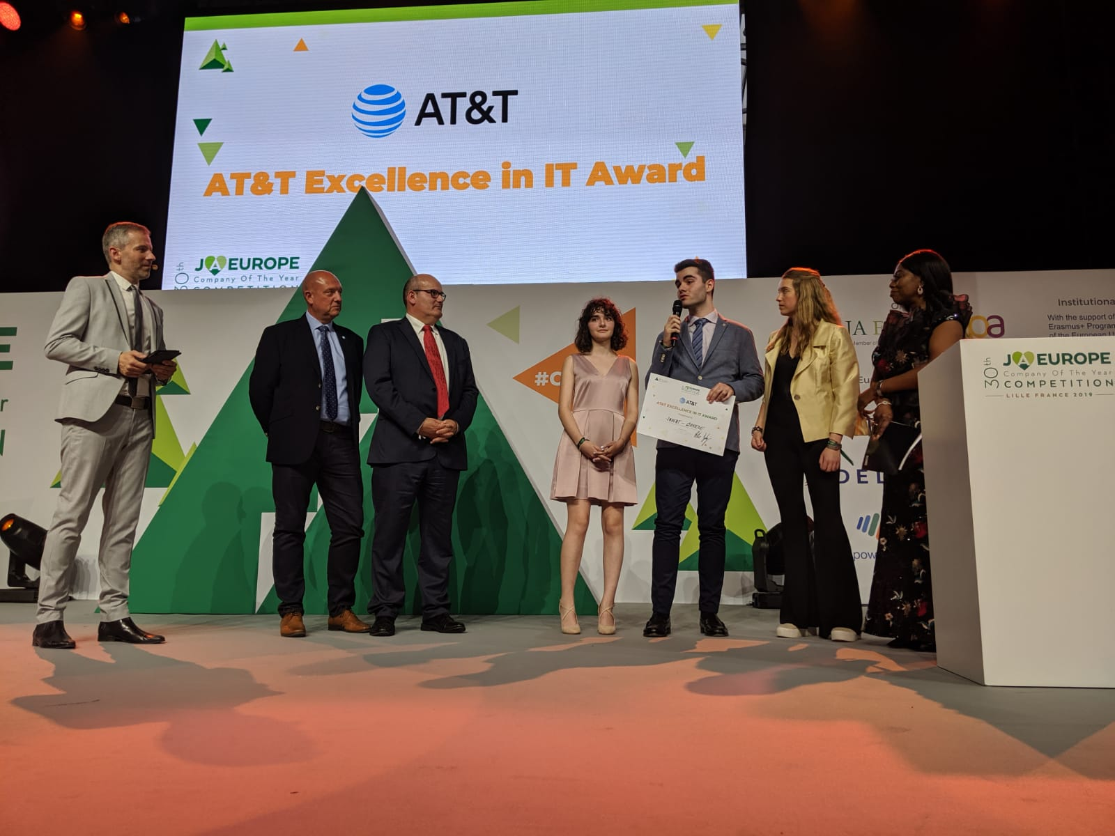 Saveat, winner of the 2019 AT&T Excellence in IT Award.