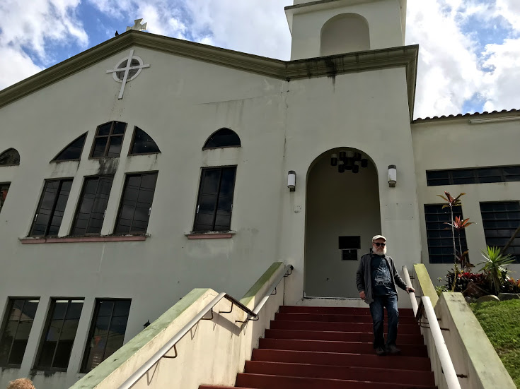La Iglesia Presbiteriana en Lares