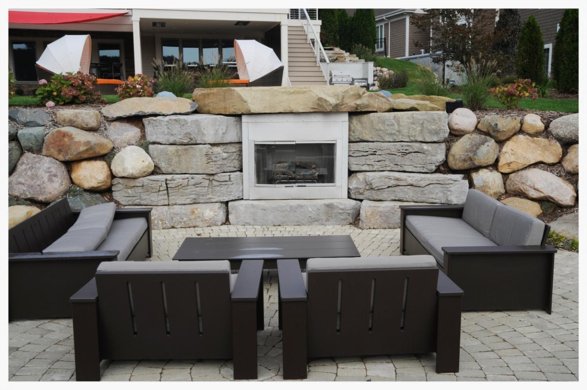outdoorfireplacewall.jpg