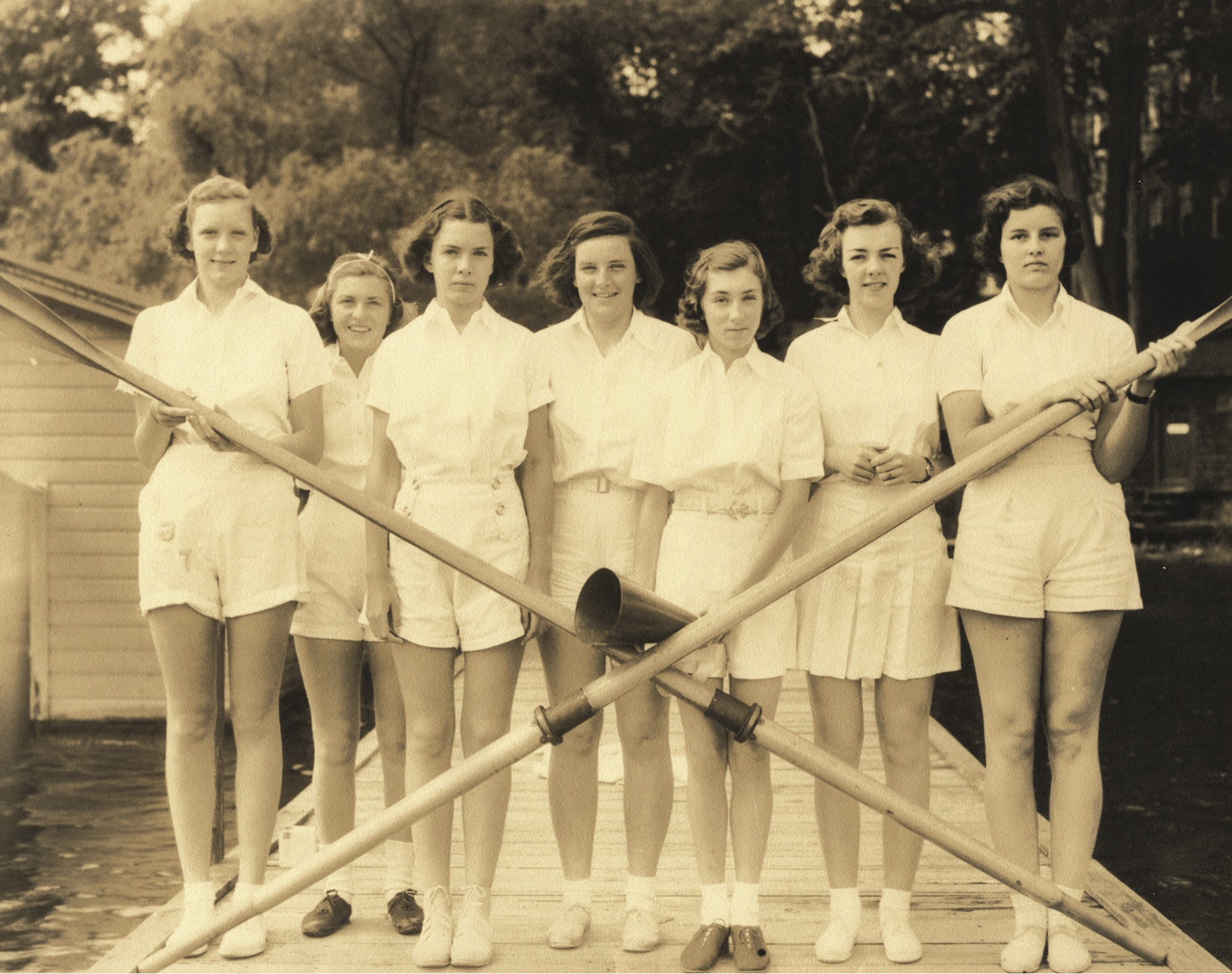 Dorris Forsbrey Sturges (third from right, with megaphone) stands with her Knox School crew in 1938.