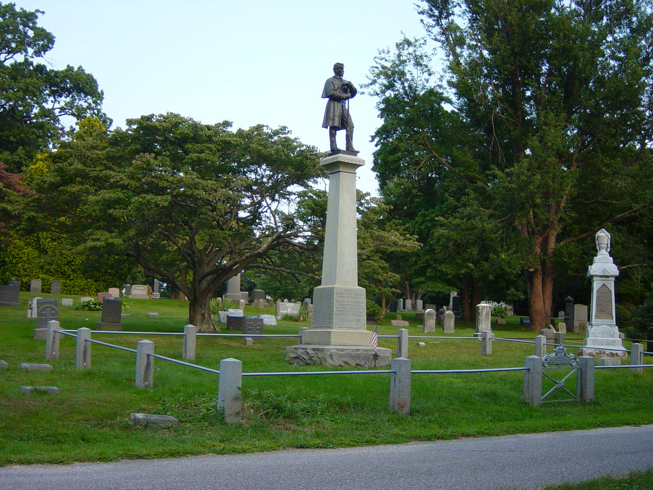 Elijah Ward Post No. 654 G.A.R. Monument, Roslyn Cemetery, Roslyn, New York.