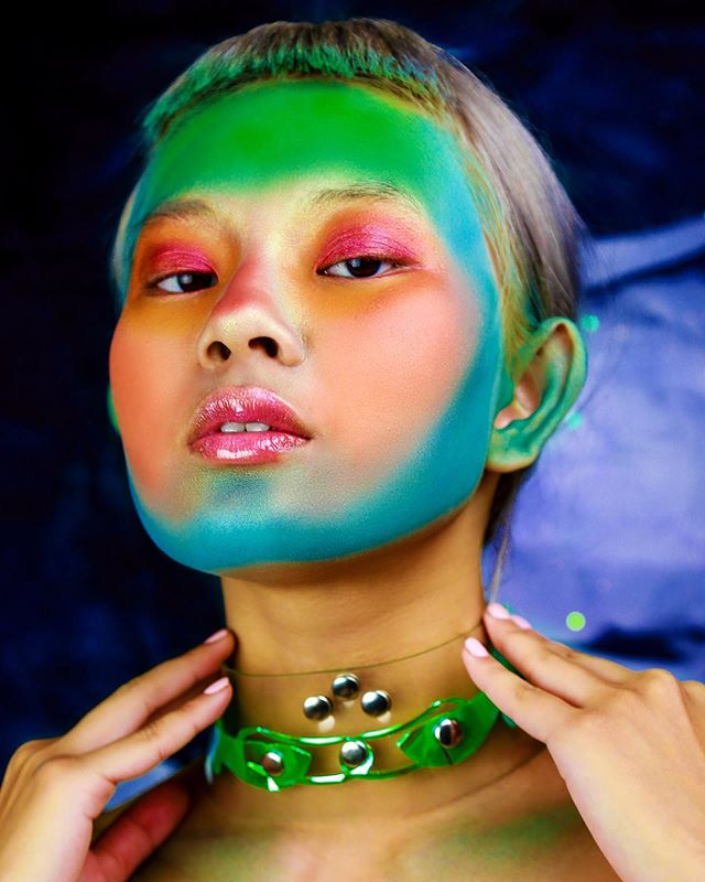 Biohazard Beta Fish 🔷🧪✨ #model @kitsuneghost ✨ #makeup by me 🧚🏼♂️ @anikaperkins #choker 💎